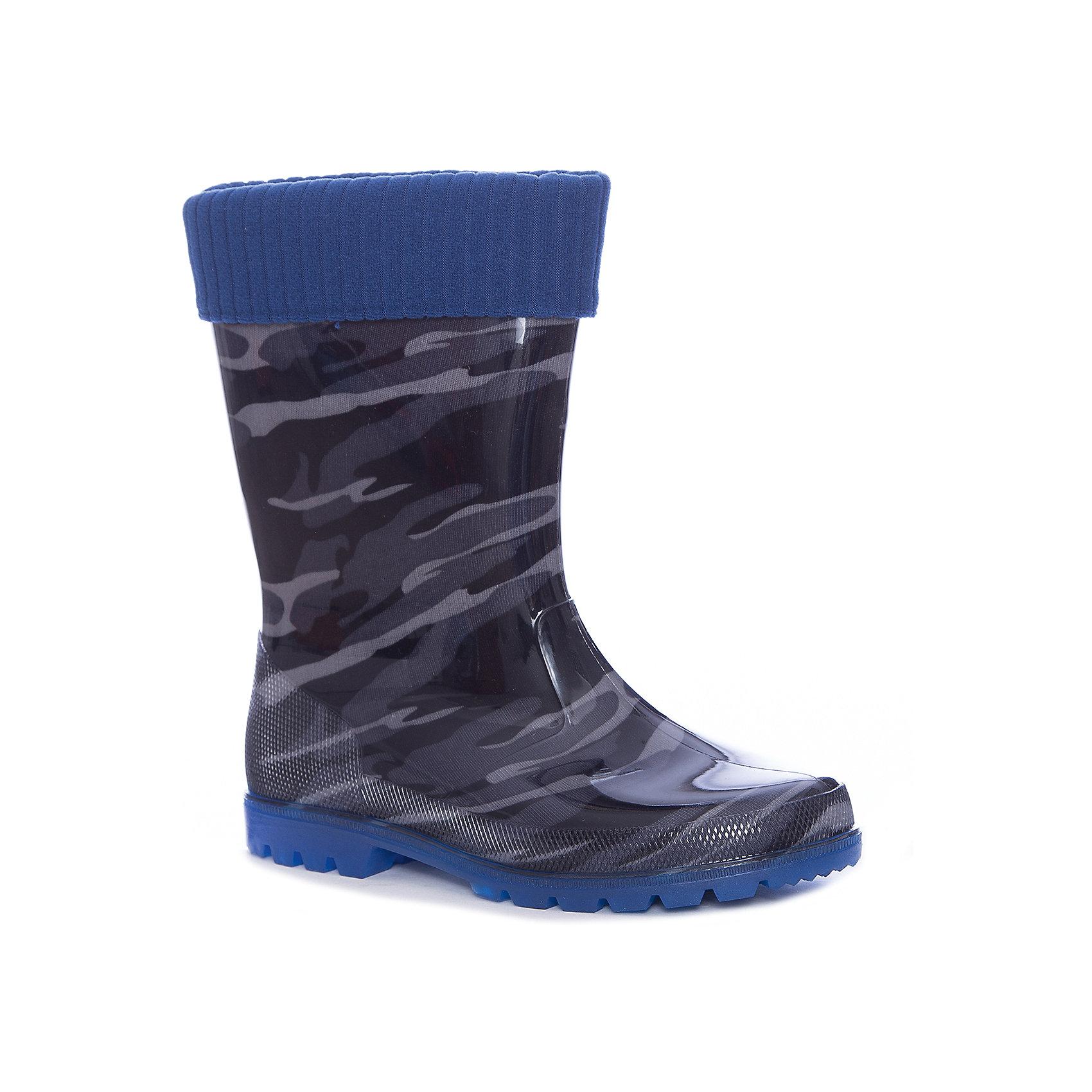 Резиновые сапоги Kapika для мальчикаРезиновые сапоги<br>Характеристики товара:<br><br>• цвет: черный<br>• внешний материал: ПВХ, текстиль<br>• внутренний материал: текстиль<br>• стелька: натуральная кожа<br>• подошва: ПВХ<br>• сезон: демисезон<br>• температурный режим: от 0 до +20<br>• со светодиодами <br>• съемный внутренний сапожок <br>• непромокаемые<br>• анатомические <br>• страна бренда: Россия<br>• страна изготовитель: Китай<br><br>Эта модель детских резиновых сапог обеспечить ногам сухость и комфорт в межсезонье. Резиновые сапоги Kapika модно выглядят и удобно сидят на ноге. <br><br>Модель дополнена теплым вынимающимся сапожком. Сапоги сделаны из прочного материала, подходят для осеннего и весеннего сезона. Обувь для детей от популярного бренда Капика - это качественные и удобные товары. <br><br>Сапоги для девочки Kapika (Капика) можно купить в нашем интернет-магазине.<br><br>Ширина мм: 257<br>Глубина мм: 180<br>Высота мм: 130<br>Вес г: 420<br>Цвет: черный<br>Возраст от месяцев: 132<br>Возраст до месяцев: 144<br>Пол: Мужской<br>Возраст: Детский<br>Размер: 35,31,32,33,34<br>SKU: 6937806