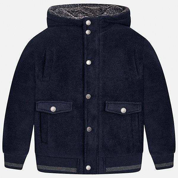 Куртка для мальчика MayoralВерхняя одежда<br>Характеристики товара:<br><br>• цвет: темно-синий;<br>• сезон: демисезон;<br>• состав ткани: 100% полиэстер;<br>• состав подкладки: 100% полиэстер;<br>• иммитация замши;<br>• капюшон: без меха, не отстегивается;<br>• страна бренда: Испания;<br>• страна изготовитель: Китай.<br><br>Демисезонная куртка для мальчика от популярного бренда Mayoral несомненно понравится вам и вашему ребенку. Качественные ткани, безупречное исполнение, все модели в центре модных тенденций. Внешняя ткань - иммитация замши - мягкая и приятная на ощупь, но в то же время износостойкая,  подкладка из флиса, аккуратные швы. Рукава и пояс на элестичных манжетах. Застегивается на кнопки, капюшон не отстегивается,  карманы спереди на кнопках.<br><br>Легкая и теплая куртка с капюшоном и карманами на холодную осень-весну. Грамотный крой изделия обеспечивает отличную посадку по фигуре. Современная и элегантная модель выгодно сочитается с любыми предметами детского гардероба.<br><br>Куртку  для мальчика Mayoral (Майорал) можно купить в нашем интернет-магазине.<br>Ширина мм: 356; Глубина мм: 10; Высота мм: 245; Вес г: 519; Цвет: темно-синий; Возраст от месяцев: 168; Возраст до месяцев: 180; Пол: Мужской; Возраст: Детский; Размер: 170,128/134,164,158,152,140; SKU: 6938652;