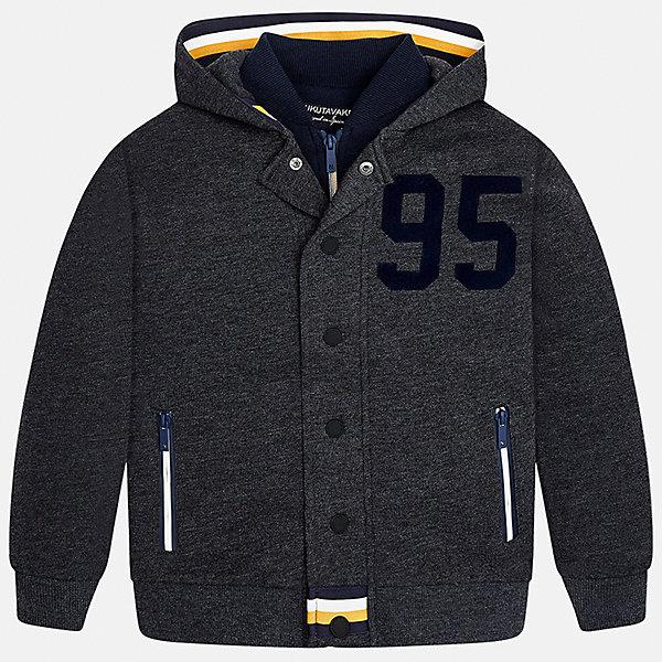 Куртка для мальчика MayoralВетровки и жакеты<br>Характеристики товара:<br><br>• цвет:серый;<br>• сезон: демисезон;<br>• состав ткани: 60% хлопок, 40% полиэстер;<br>• имитация двух вещей;<br>• спортивный стиль;<br>• капюшон: не отстегивается;<br>• страна бренда: Испания;<br>• страна изготовитель: Китай.<br><br>Толстовка для мальчика от популярного бренда Mayoral несомненно понравится вам и вашему ребенку. Качественные ткани, безупречное исполнение, все модели в центре модных тенденций. Незначительный внутренний начес, аккуратные швы, грамотный крой изделия обеспечивает отличную посадку по фигуре. Рукава и пояс на элестичных манжетах. Застегивается на кнопки, капюшон не отстегивается,  карманы спереди на молнии.<br><br>Изюминкой этой модели является двойной воротник, создавая впечатление комплекта из двух вещей, смотрится очень стильно и современно. Толстовка от Mayoral серого цвета в спортивном стиле станет отличным дополнением к различным предметам гардеробы.<br><br>Толстовку для мальчика Mayoral (Майорал) можно купить в нашем интернет-магазине.<br><br>Ширина мм: 356<br>Глубина мм: 10<br>Высота мм: 245<br>Вес г: 519<br>Цвет: серый<br>Возраст от месяцев: 108<br>Возраст до месяцев: 120<br>Пол: Мужской<br>Возраст: Детский<br>Размер: 140,170,128/134,152,158,164<br>SKU: 6938666