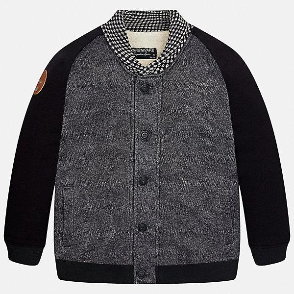 Куртка для мальчика MayoralВерхняя одежда<br>Характеристики товара:<br><br>• цвет: темно-серый;<br>• состав ткани: 60% хлопок, 40% полиэстер;<br>• отложный воротник;<br>• casual стиль;<br>• на пуговицах;<br>• сезон: демисезон;<br>• страна бренда: Испания;<br>• страна изготовитель:Китай.<br><br>Жакет  для мальчика на пуговицах от популярного бренда Mayoral с утепленным  мягким начесом, очень приятная на ощупь и практичная в носке. Модель  дополнена контрастным отложным воротником, удобным боковыми карманами, а также широкими эластичными резинками на манжетах и по нижнему краю. Декорирована кожанной нашивкой, в виде логотипа, на одном рукаве.<br><br>Изюминкой этой модели от Mayoral  является комбинация различных фактур ткани,  что смотрится стильно и эллегантно, идеально подойдет для повседневной одежды  и прекрасно сочетается с различными предметами гардероба.<br><br>Для производства детской одежды популярный бренд Mayoral используют только качественную фурнитуру и материалы. Оригинальные и модные вещи от Майорал неизменно привлекают внимание и нравятся детям.<br><br>Жакет  для мальчика на пуговицах Mayoral (Майорал) можно купить в нашем интернет-магазине.<br><br>Ширина мм: 356<br>Глубина мм: 10<br>Высота мм: 245<br>Вес г: 519<br>Цвет: темно-серый<br>Возраст от месяцев: 132<br>Возраст до месяцев: 144<br>Пол: Мужской<br>Возраст: Детский<br>Размер: 152,128/134,140,170,164,158<br>SKU: 6938694