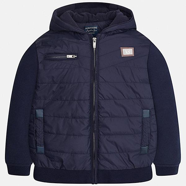Куртка для мальчика MayoralВерхняя одежда<br>Характеристики товара:<br><br>• цвет: темно-синий;<br>• сезон: демисезон;<br>• состав ткани: 100% полиэстер;<br>• состав подкладки: 100% полиэстер;<br>• на молнии;<br>• капюшон не отстегивается;<br>• страна бренда: Испания;<br>• страна изготовитель: Китай.<br><br>Демисезонная куртка для мальчика от популярного бренда Mayoral несомненно понравится вам и вашему ребенку. Качественные ткани, безупречное исполнение, все модели в центре модных тенденций. <br><br>Изюминкой этой модели является комбинация разных фактур ткани - мягкая плащевая ткань - хорошая воздухопроницаемая защита,  трикотажные рукова - не стесняют движений,  а также подкладка из флиса и аккуратные швы. Рукава и пояс на элестичных манжетах. Застегивается на молнию, капюшон не отстегивается,  карманы спереди на молниих.<br><br>Легкая и теплая куртка с капюшоном и карманами на холодную осень-весну. Грамотный крой изделия обеспечивает отличную посадку по фигуре. Все эти преимущества делают данную модель незаменимой для активных прогулок.<br><br>Куртку  для мальчика Mayoral (Майорал) можно купить в нашем интернет-магазине.<br><br>Ширина мм: 356<br>Глубина мм: 10<br>Высота мм: 245<br>Вес г: 519<br>Цвет: темно-синий<br>Возраст от месяцев: 96<br>Возраст до месяцев: 108<br>Пол: Мужской<br>Возраст: Детский<br>Размер: 128/134,170,164,158,152,140<br>SKU: 6938701