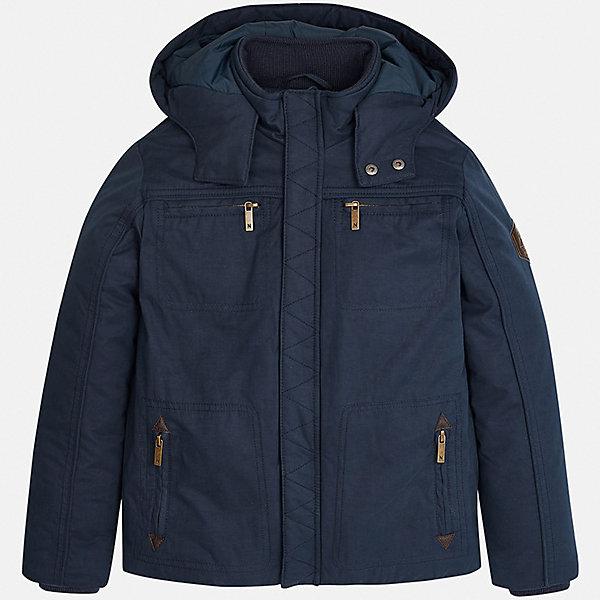 Куртка для мальчика MayoralВерхняя одежда<br>Характеристики товара:<br><br>• цвет: темно-синий;<br>• сезон: демисезон;<br>• температурный режим: от 0 до +10С;<br>• состав ткани: 100% полиэстер;<br>• состав подкладки: 100% хлопок;<br>• на молнии;<br>• капюшон  отстегивается;<br>• страна бренда: Испания;<br>• страна изготовитель: Китай.<br><br>Демисезонная куртка для мальчика от популярного бренда Mayoral несомненно понравится вам и вашему ребенку. Качественные ткани, безупречное исполнение, все модели в центре модных тенденций. <br><br>Модель выполнена из мягкой плащевой  ткани и внутренней подкладки из натурального хлопка, обеспечивающие хорошую воздухопроницаемую защиту,  рукава и пояс на внутренних элестичных манжетах. Застегивается на молнию, капюшон  отстегивается с помощью молнии,  карманы спереди на груди и боковые на молнии.<br><br>Легкая и теплая куртка с капюшоном и карманами на холодную осень-весну. Грамотный крой изделия обеспечивает отличную посадку по фигуре. Все эти преимущества делают данную модель незаменимой для активных прогулок и повседневной носки.<br><br>Куртку  для мальчика Mayoral (Майорал) можно купить в нашем интернет-магазине.<br><br>Ширина мм: 356<br>Глубина мм: 10<br>Высота мм: 245<br>Вес г: 519<br>Цвет: темно-синий<br>Возраст от месяцев: 96<br>Возраст до месяцев: 108<br>Пол: Мужской<br>Возраст: Детский<br>Размер: 128/134,170,164,158,152,140<br>SKU: 6938775