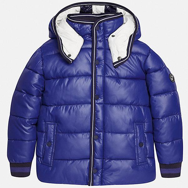Куртка для мальчика MayoralДемисезонные куртки<br>Характеристики товара:<br><br>• цвет: синий;<br>• сезон: демисезон;<br>• температурный режим: от 0 до +10С;<br>• состав ткани: 100% полиэстер;<br>• состав подкладки: 100% хлопок;<br>• на молнии;<br>• капюшон:  отстегивается, без меха;<br>• страна бренда: Испания;<br>• страна изготовитель: Китай.<br><br>Утепленная демисезонная куртка для мальчика от популярного бренда Mayoral несомненно понравится вам и вашему ребенку. Качественные ткани, безупречное исполнение, все модели в центре модных тенденций. <br><br>Стеганная модель голубого цвета выполнена из мягкой плащевой  ткани и внутренней флисовой подкладки, обеспечивающие хорошую воздухопроницаемую защиту,  рукава, воротник и пояс на внутренних элестичных манжетах. Застегивается на молнию и кнопки, капюшон  отстегивается с помощью кнопок,  боковые карманы спереди на кнопках. Декорирована контрастной оконтовко и нашивкой-логотипом на рукаве.<br><br>Легкая и теплая куртка с капюшоном и карманами на холодную осень-весну. Грамотный крой изделия обеспечивает отличную посадку по фигуре. Все эти преимущества делают данную модель незаменимой для активных прогулок и повседневной носки.<br><br>Утепленная демисезонная куртка для мальчика Mayoral (Майорал) можно купить в нашем интернет-магазине.<br>Ширина мм: 356; Глубина мм: 10; Высота мм: 245; Вес г: 519; Цвет: синий; Возраст от месяцев: 96; Возраст до месяцев: 108; Пол: Мужской; Возраст: Детский; Размер: 128/134,170,164,158,152,140; SKU: 6938796;