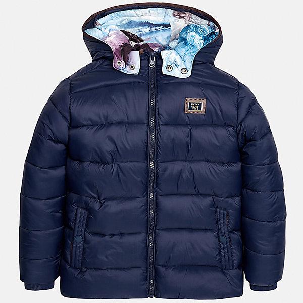 Куртка для мальчика MayoralВерхняя одежда<br>Характеристики товара:<br><br>• цвет:темно-синий;<br>• сезон: демисезон;<br>• температурный режим: от 0 до +10С;<br>• состав ткани: 100% полиамид;<br>• состав подкладки и наполнителя: 100% полиэстер;<br>• на молнии;<br>• стеганая;<br>• капюшон:  отстегивается, без меха;<br>• страна бренда: Испания;<br>• страна изготовитель: Китай.<br><br>Утепленная демисезонная куртка для мальчика с двойным капюшоном от популярного бренда Mayoral несомненно понравится вам и вашему ребенку. Качественные ткани, безупречное исполнение, все модели в центре модных тенденций. <br><br>Стеганная модель синего цвета выполнена из мягкой плащевой  ткани и внутренней плащевой подкладки, обеспечивающие хорошую воздухопроницаемую защиту,  рукава и пояс на внутренних трикотажных манжетах. Застегивается на молнию, дополнена боковыми врезными карманами. Двойной капюшон: внешний плащевый и внутренний  трикотажный с принтом, съемный (на молнии), с фиксацией на кнопки.   Декорирована  нашивкой-логотипом на на груди.<br><br>Легкая и теплая куртка с капюшоном и карманами на холодную осень-весну. Грамотный крой изделия обеспечивает отличную посадку по фигуре. Все эти преимущества делают данную модель незаменимой для активных прогулок и повседневной носки.<br><br>Утепленная демисезонная куртка для мальчика Mayoral (Майорал) можно купить в нашем интернет-магазине.<br><br>Ширина мм: 356<br>Глубина мм: 10<br>Высота мм: 245<br>Вес г: 519<br>Цвет: темно-синий<br>Возраст от месяцев: 96<br>Возраст до месяцев: 108<br>Пол: Мужской<br>Возраст: Детский<br>Размер: 128/134,170,164,158,152,140<br>SKU: 6938845
