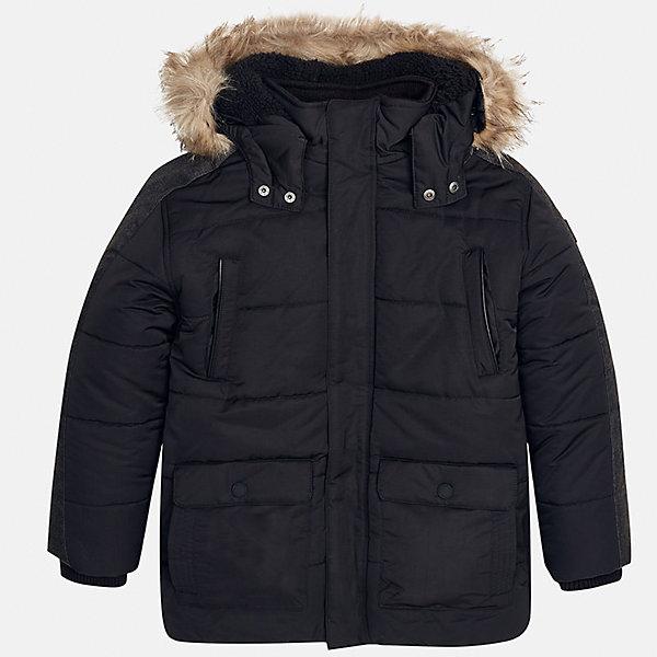 Куртка для мальчика MayoralВерхняя одежда<br>Характеристики товара:<br><br>• цвет: черный;<br>• сезон: демисезон;<br>• температурный режим: от 0 до -10С;<br>• состав ткани: 100% полиэстер;<br>• состав подкладки: 100% полиэстер;<br>• на молнии и на кнопках;<br>• фасон: парка;<br>• капюшон:   отстегивается, с мехом;<br>• страна бренда: Испания;<br>• страна изготовитель: Китай.<br><br>Утепленная демисезонная куртка для мальчика от популярного бренда Mayoral,  модный фасон - парка  несомненно понравится вам и вашему ребенку. Качественные ткани, безупречное исполнение, все модели в центре модных тенденций. <br><br>Удлиненная модель черного цвета выполненаиз качественной ткани и внутреннего утеплителя, обеспечивающие хорошую воздухопроницаемую защиту и тепло,  рукава на элестичных манжетах. Застегивается на молнию и на кнопки, капюшон отстегивается, украшен искусственной опушкой, кодкладка капюшона утеплена плюшем.   Верхние передние карманы на молнии и нижние передние карманы на кнопках. Декорирована стильными вставками на рукавах.<br><br>Легкая и теплая куртка-парка с капюшоном и карманами на холодную осень - теплую зиму. Грамотный крой изделия обеспечивает отличную посадку по фигуре. <br><br>Утепленная демисезонная куртка для мальчика Mayoral (Майорал) можно купить в нашем интернет-магазине.<br>Ширина мм: 356; Глубина мм: 10; Высота мм: 245; Вес г: 519; Цвет: черный; Возраст от месяцев: 108; Возраст до месяцев: 120; Пол: Мужской; Возраст: Детский; Размер: 140,170,164,158,152; SKU: 6938887;
