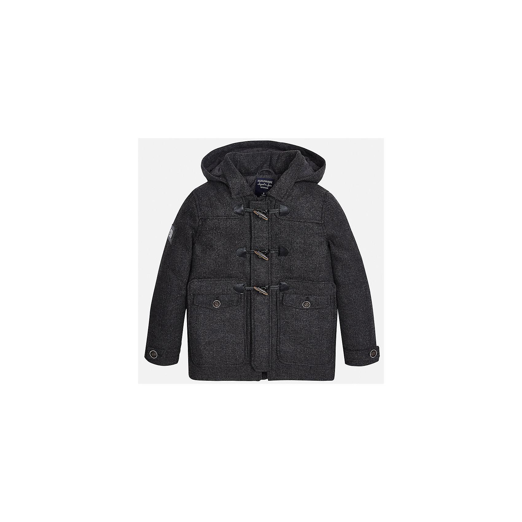 Куртка для мальчика MayoralДемисезонные куртки<br>Характеристики товара:<br><br>• цвет: серый;<br>• сезон: демисезон;<br>• температурный режим: от 0 до -10С;<br>• состав ткани: 100% полиэстер;<br>• состав подкладки: 100% полиэстер;<br>• на молнии и на кнопках;<br>• фасон: парка;<br>• капюшон:   отстегивается, без меха;<br>• страна бренда: Испания;<br>• страна изготовитель: Китай.<br><br>Утепленная демисезонная куртка для мальчика от популярного бренда Mayoral,  модный фасон - парка  несомненно понравится вам и вашему ребенку. Качественные ткани, безупречное исполнение, все модели в центре модных тенденций. <br><br>Удлиненная модель серого цвета декорирована вставками под кожу. Модель на мягкой подкладке дополнена нагрудными и передними карманами, отстегивающимся капюшоном на молнии, а также широкими эластичными резинками на манжетах. Куртка застегивается на удобную безопасную молнию, кнопки и пуговицы.<br><br>Легкая и теплая куртка-парка с капюшоном и карманами на холодную осень - теплую зиму. Грамотный крой изделия обеспечивает отличную посадку по фигуре. <br><br>Утепленная демисезонная куртка для мальчика Mayoral (Майорал) можно купить в нашем интернет-магазине.<br><br>Ширина мм: 356<br>Глубина мм: 10<br>Высота мм: 245<br>Вес г: 519<br>Цвет: серый<br>Возраст от месяцев: 168<br>Возраст до месяцев: 180<br>Пол: Мужской<br>Возраст: Детский<br>Размер: 170,128/134,140,152,158,164<br>SKU: 6938907