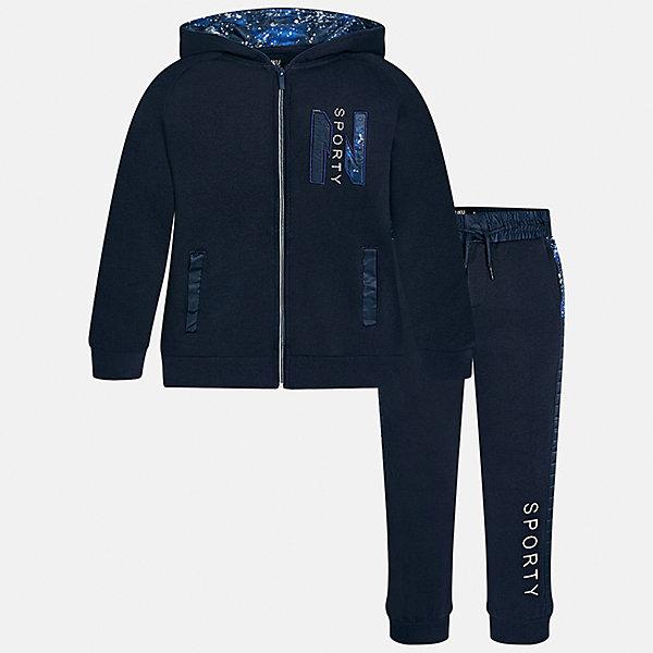 Спортивный костюм для мальчика MayoralСпортивная форма<br>Характеристики товара:<br><br>• цвет: темно-синий<br>• комплектация: курточка и брюки<br>• состав ткани курточки: 60% хлопок, 40% полиэстер<br>• состав ткани брюк: 60% хлопок, 40% полиэстер<br>• длинные рукава<br>• застежка: молния<br>• пояс: резинка и шнурок<br>• особенности модели: спортивный стиль<br>• сезон: демисезон<br>• страна бренда: Испания<br>• страна изготовитель: Индия<br><br>Трикотажный спортивный костюм - отличный вариант одежды для отдыха и занятий спортом. Курточка из спортивного комплекта дополнена капюшоном и карманами. Удобный детский спортивный костюм от известного бренда Майорал выглядит аккуратно и стильно. <br><br>Спортивный костюм для мальчика Mayoral (Майорал) можно купить в нашем интернет-магазине.<br><br>Ширина мм: 247<br>Глубина мм: 16<br>Высота мм: 140<br>Вес г: 225<br>Цвет: темно-синий<br>Возраст от месяцев: 96<br>Возраст до месяцев: 108<br>Пол: Мужской<br>Возраст: Детский<br>Размер: 128/134,170,164,158,152,140<br>SKU: 6938999