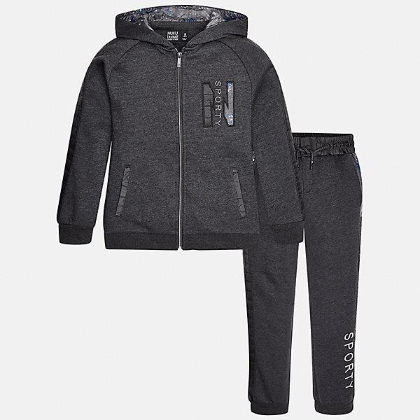 Спортивный костюм для мальчика MayoralКомплекты<br>Характеристики товара:<br><br>• цвет: серый<br>• комплектация: курточка и брюки<br>• состав ткани курточки: 60% хлопок, 40% полиэстер<br>• состав ткани брюк: 60% хлопок, 40% полиэстер<br>• длинные рукава<br>• застежка: молния<br>• пояс: резинка и шнурок<br>• особенности модели: спортивный стиль<br>• сезон: демисезон<br>• страна бренда: Испания<br>• страна изготовитель: Индия<br><br>В детском спортивном костюме от испанской компании Майорал ребенок будет выглядеть модно, а чувствовать себя - комфортно. Спортивный костюм для ребенка сделан материала с преобладанием натурального хлопка в составе. Серый комплект для занятий спортом хорошо сидит по фигуре.<br><br>Спортивный костюм для мальчика Mayoral (Майорал) можно купить в нашем интернет-магазине.<br><br>Ширина мм: 247<br>Глубина мм: 16<br>Высота мм: 140<br>Вес г: 225<br>Цвет: серый<br>Возраст от месяцев: 144<br>Возраст до месяцев: 156<br>Пол: Мужской<br>Возраст: Детский<br>Размер: 158,152,140,128/134,170,164<br>SKU: 6939006