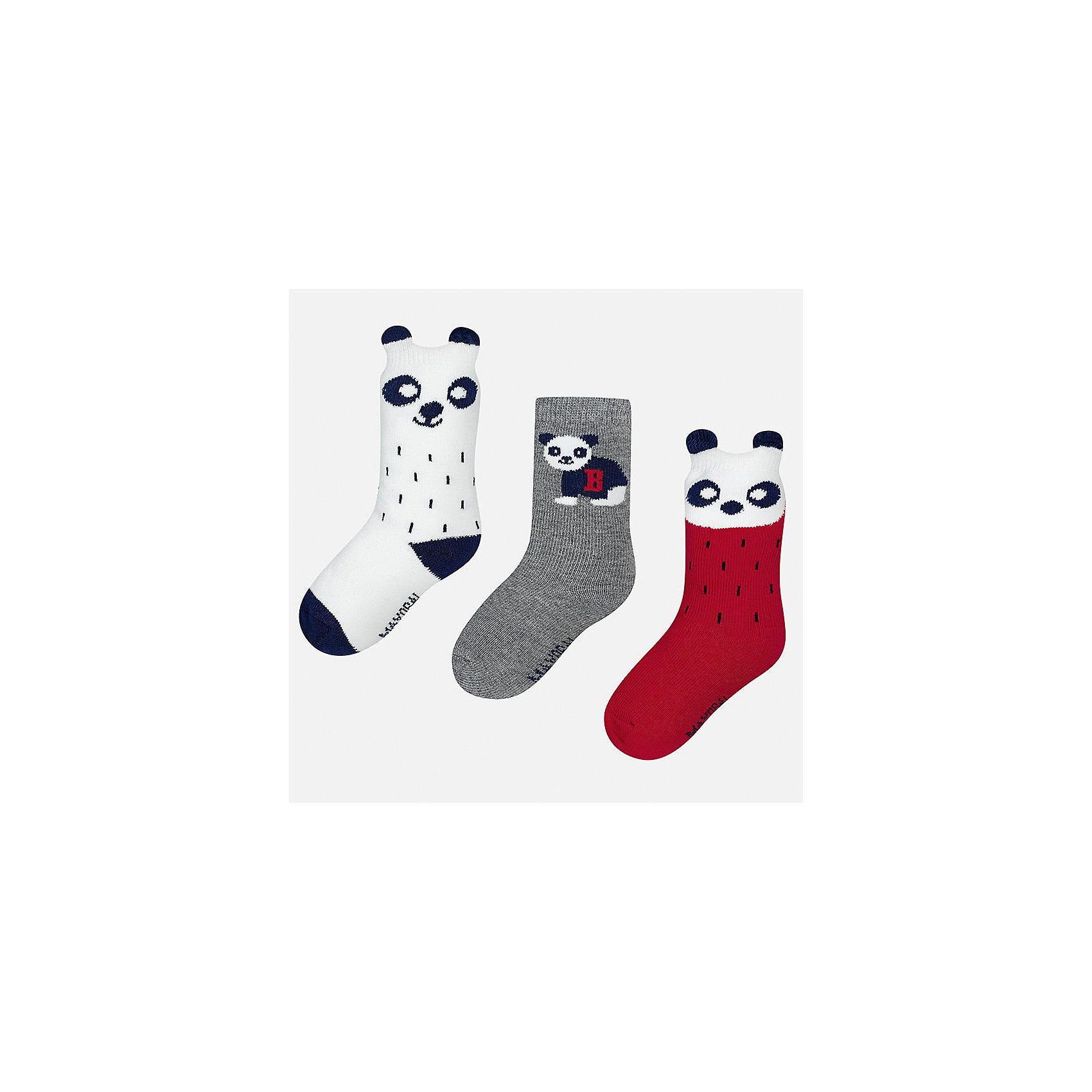 Носки (3 пары) для мальчика MayoralНоски<br>Характеристики товара:<br><br>• цвет: белый/серый/красный<br>• состав ткани: 70% хлопок, 27% полиамид, 3% эластан<br>• сезон: круглый год<br>• комплектация: 3 пары<br>• страна бренда: Испания<br>• страна изготовитель: Индия<br><br>Симпатичные носки для мальчика от популярного бренда Mayoral отличаются оригинальным декором. Детские носки смотрятся аккуратно и нарядно. В таких носках для детей от испанской компании Майорал ребенок будет выглядеть модно, а чувствовать себя - комфортно. <br><br>Носки (3 пары) для мальчика Mayoral (Майорал) можно купить в нашем интернет-магазине.<br><br>Ширина мм: 87<br>Глубина мм: 10<br>Высота мм: 105<br>Вес г: 115<br>Цвет: разноцветный<br>Возраст от месяцев: 18<br>Возраст до месяцев: 24<br>Пол: Мужской<br>Возраст: Детский<br>Размер: 22-24,19-22<br>SKU: 6939037