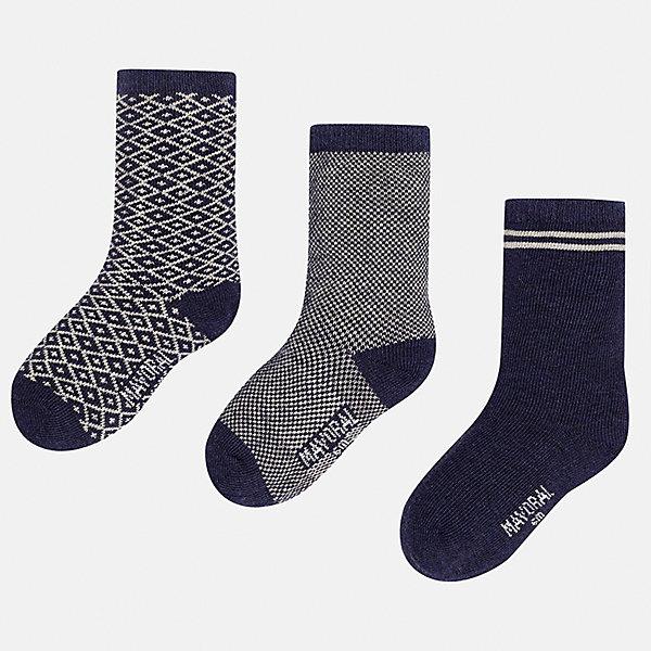 Носки (3 пары) для мальчика MayoralНоски<br>Характеристики товара:<br><br>• цвет: синий/серый<br>• состав ткани: 75% хлопок, 22% полиамид, 3% эластан<br>• сезон: круглый год<br>• комплектация: 3 пары<br>• страна бренда: Испания<br>• страна изготовитель: Индия<br><br>Удобные носки для мальчика от популярного бренда Mayoral отличаются сдержанным декором. Детские носки смотрятся аккуратно и нарядно. В таких носках для детей от испанской компании Майорал ребенок будет выглядеть модно, а чувствовать себя - комфортно. <br><br>Носки (3 пары) для мальчика Mayoral (Майорал) можно купить в нашем интернет-магазине.<br>Ширина мм: 87; Глубина мм: 10; Высота мм: 105; Вес г: 115; Цвет: сине-серый; Возраст от месяцев: 12; Возраст до месяцев: 18; Пол: Мужской; Возраст: Детский; Размер: 19-22,22-24; SKU: 6939046;