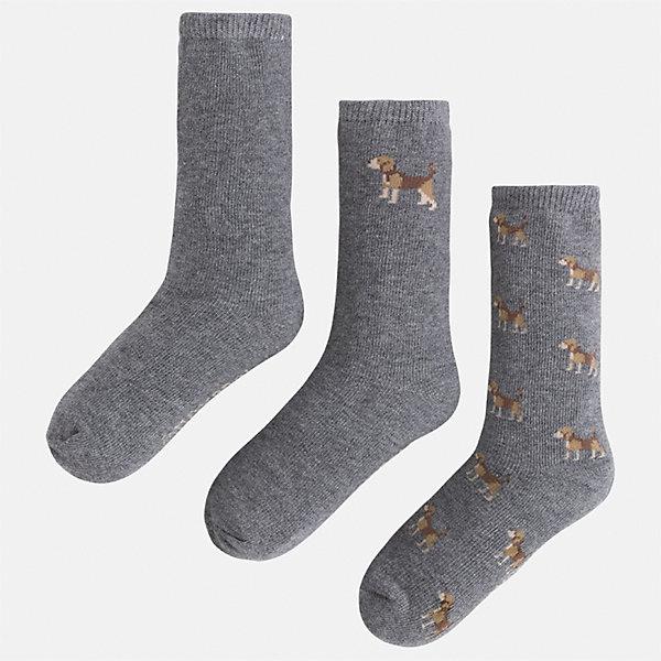 Носки (3 пары) для мальчика MayoralНоски<br>Характеристики товара:<br><br>• цвет: серый<br>• состав ткани: 77% хлопок, 20% полиамид, 3% эластан<br>• сезон: круглый год<br>• комплектация: 3 пары<br>• страна бренда: Испания<br>• страна изготовитель: Индия<br><br>Симпатичные носки для мальчика от популярного бренда Mayoral отличаются оригинальным декором. Детские носки смотрятся аккуратно и нарядно. В таких носках для детей от испанской компании Майорал ребенок будет выглядеть модно, а чувствовать себя - комфортно. <br><br>Носки (3 пары) для мальчика Mayoral (Майорал) можно купить в нашем интернет-магазине.<br><br>Ширина мм: 87<br>Глубина мм: 10<br>Высота мм: 105<br>Вес г: 115<br>Цвет: серый<br>Возраст от месяцев: 48<br>Возраст до месяцев: 60<br>Пол: Мужской<br>Возраст: Детский<br>Размер: 27-29,33-35,24-26,30-32<br>SKU: 6939160