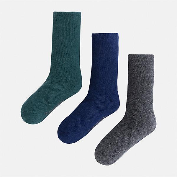 Носки (3 пары) для мальчика MayoralНоски<br>Характеристики товара:<br><br>• цвет: зеленый, серый, синий<br>• состав ткани: 72% хлопок, 25% полиамид, 3% эластан<br>• сезон: круглый год<br>• комплектация: 3 пары<br>• страна бренда: Испания<br>• страна изготовитель: Индия<br><br>Такие детские носки от популярного испанского бренда Mayoral состоят преимущественно из натурального дышащего хлопка. Носки для детей комфортно сидят благодаря мягкой резинке. Для производства детской одежды, в том числе и носков для детей, популярный бренд Mayoral используют только качественную фурнитуру и материалы. Оригинальные и модные вещи от Майорал неизменно привлекают внимание и нравятся детям.<br><br>Носки (3 пары) для мальчика Mayoral (Майорал) можно купить в нашем интернет-магазине.<br>Ширина мм: 87; Глубина мм: 10; Высота мм: 105; Вес г: 115; Цвет: разноцветный; Возраст от месяцев: 24; Возраст до месяцев: 36; Пол: Мужской; Возраст: Детский; Размер: 24-26,33-35,30-32,27-29; SKU: 6939180;