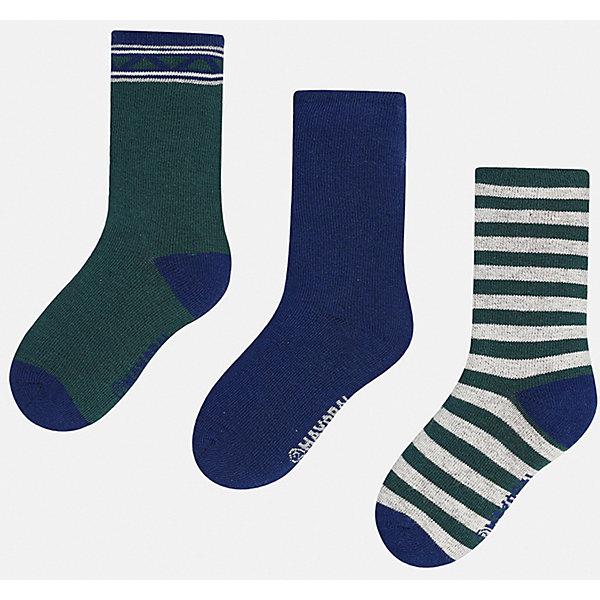Носки (3 пары) для мальчика MayoralНоски<br>Характеристики товара:<br><br>• цвет: зеленый<br>• состав ткани: 72% хлопок, 25% полиамид, 3% эластан<br>• сезон: круглый год<br>• комплектация: 3 пары<br>• страна бренда: Испания<br>• страна изготовитель: Индия<br><br>Детские носки от популярного испанского бренда Mayoral состоят преимущественно из натурального дышащего хлопка. Носки для детей комфортно сидят благодаря мягкой резинке. Для производства детской одежды, в том числе и носков для детей, популярный бренд Mayoral используют только качественную фурнитуру и материалы. Оригинальные и модные вещи от Майорал неизменно привлекают внимание и нравятся детям.<br><br>Носки (3 пары) для мальчика Mayoral (Майорал) можно купить в нашем интернет-магазине.<br><br>Ширина мм: 87<br>Глубина мм: 10<br>Высота мм: 105<br>Вес г: 115<br>Цвет: зеленый<br>Возраст от месяцев: 24<br>Возраст до месяцев: 36<br>Пол: Мужской<br>Возраст: Детский<br>Размер: 24-26,27-29,33-35,30-32<br>SKU: 6939210