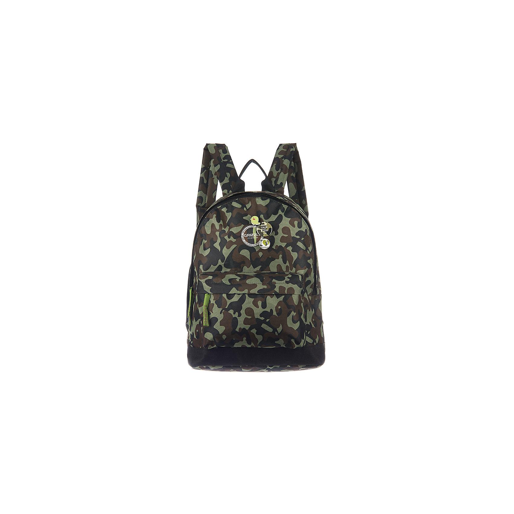 Рюкзак Grizzly, темно-зеленый камуфляжРюкзаки<br>Рюкзак молодежный, одно отделение, объемный карман на молнии на передней стенке, внутренний подвесной карман на молнии, укрепленная спинка, дополнительная ручка-петля, укрепленные лямки, декоративные съемные значки<br><br>Ширина мм: 320<br>Глубина мм: 120<br>Высота мм: 410<br>Вес г: 437<br>Возраст от месяцев: 72<br>Возраст до месяцев: 2147483647<br>Пол: Мужской<br>Возраст: Детский<br>SKU: 6939811