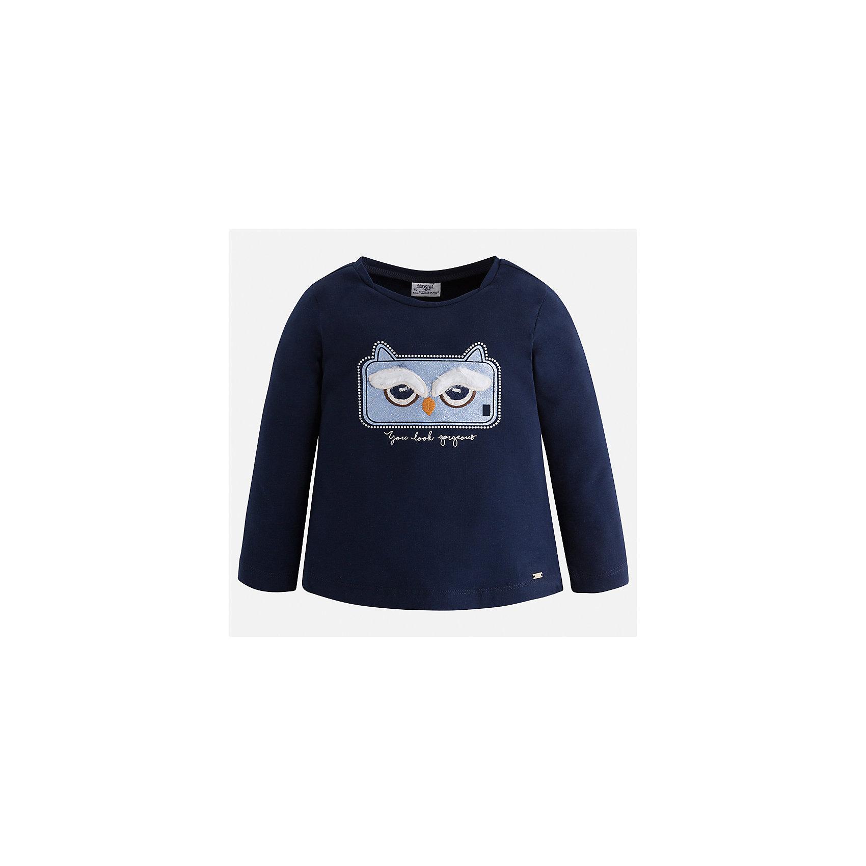 Футболка с длинным рукавом для девочки MayoralФутболки с длинным рукавом<br>Характеристики товара:<br><br>• цвет: темно-синий<br>• состав ткани: 95% хлопок, 5% эластан<br>• сезон: демисезон<br>• особенности модели: аппликация со стразами<br>• длинные рукава<br>• страна бренда: Испания<br>• страна изготовитель: Индия<br><br>Темная водолазка с длинным рукавом для девочки от Майорал поможет обеспечить ребенку комфорт. Детская водолазка с длинным рукавом отличается стильным и продуманным дизайном. В водолазке с длинным рукавом для девочки от испанской компании Майорал ребенок будет выглядеть модно, и чувствовать себя комфортно. <br><br>Водолазку для девочки Mayoral (Майорал) можно купить в нашем интернет-магазине.<br><br>Ширина мм: 230<br>Глубина мм: 40<br>Высота мм: 220<br>Вес г: 250<br>Цвет: темно-синий<br>Возраст от месяцев: 96<br>Возраст до месяцев: 108<br>Пол: Женский<br>Возраст: Детский<br>Размер: 134,92,98,104,110,116,122,128<br>SKU: 6944911