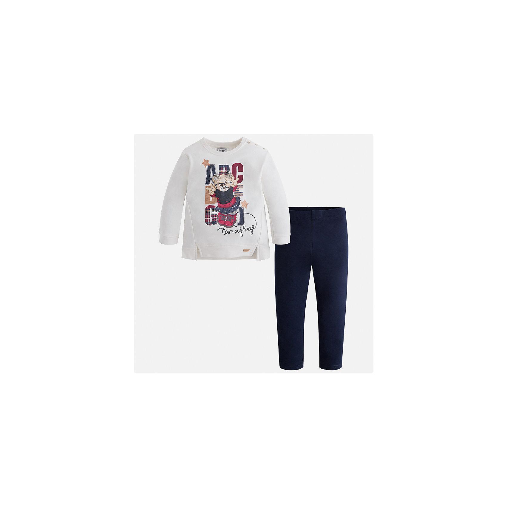Комплект: блузка и леггинсы для девочки MayoralКомплекты<br>Характеристики товара:<br><br>• цвет: белый/темно-синий<br>• состав ткани: блузка - 95% хлопок, 5% эластан, брюки - 47% хлопок, 48% полиэстер, 5% эластан<br>• комплектация: блузка и леггинсы<br>• сезон: демисезон<br>• особенности модели: принт с блестками<br>• длинные рукава<br>• пояс: резинка <br>• страна бренда: Испания<br>• страна изготовитель: Индия<br><br>Этот детский комплект из блузки и леггинсов подойдет для ношения в разных случаях. Отличный способ обеспечить ребенку тепло и комфорт - надеть детские блузку и леггинсы от Mayoral. Детские леггинсы сшиты из приятного на ощупь материала. Блуза для девочки Mayoral удобно сидит по фигуре. <br><br>Комплект: блузка и леггинсы для девочки Mayoral (Майорал) можно купить в нашем интернет-магазине.<br><br>Ширина мм: 123<br>Глубина мм: 10<br>Высота мм: 149<br>Вес г: 209<br>Цвет: синий/белый<br>Возраст от месяцев: 96<br>Возраст до месяцев: 108<br>Пол: Женский<br>Возраст: Детский<br>Размер: 134,92,98,104,110,116,122,128<br>SKU: 6945063