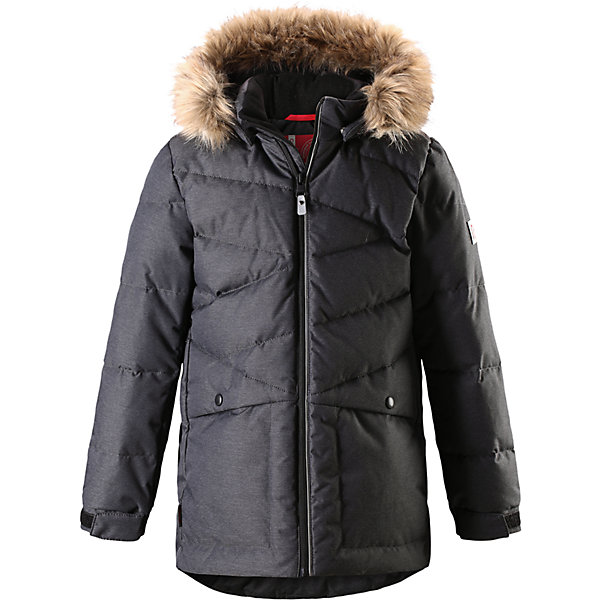 Куртка Reima Jussi для мальчикаОдежда<br>Характеристики товара:<br><br>• цвет: темно-серый;<br>• состав: 100% полиэстер;<br>• подкладка: 100% полиэстер;<br>• утеплитель: 60% пух, 40% перо;<br>• сезон: зима;<br>• температурный режим: от 0 до -30С;<br>• водонепроницаемость: 3000 мм;<br>• воздухопроницаемость: 7000 мм;<br>• водо- и ветронепроницаемый, дышащий и грязеотталкивающий материал;<br>• застежка: молния с защитой подбородка;<br>• гладкая подкладка из полиэстера;<br>• безопасный съемный и регулируемый капюшон;<br>• съемный искусственный мех на капюшоне;<br>• регулируемые манжеты;<br>• регулируемый подол;<br>• два боковых кармана;<br>• светоотражающие детали;<br>• страна бренда: Финляндия;<br>• страна изготовитель: Китай.<br><br>Пуховая парка для спорта и прогулок по городу. Утеплитель пух/перо (60/40%). Пуховик изготовлен из ветронепроницаемого, дышащего материала с верхним водо и грязеотталкивающим слоем, поэтому вашему ребенку будет тепло и сухо во время веселых зимних игр, к тому же он не вспотеет. Эта традиционная модель пуховика создана специально для мальчиков, она снабжена съемным капюшоном, который защитит от морозного ветра. <br><br>Благодаря подкладке из гладкого полиэстера, куртка легко надевается. Пуховик снабжен безопасным съемным и регулируемым капюшоном со съемной отделкой из искусственного меха. Регулируемые манжеты и подол. Куртка изготовлена из грязеотталкивающего материала, но при этом ее можно сушить в сушильной машине. Два боковых кармана и светоотражающие детали.<br><br>Куртку Reima Jussi от финского бренда Reima (Рейма) можно купить в нашем интернет-магазине.<br><br>Ширина мм: 356<br>Глубина мм: 10<br>Высота мм: 245<br>Вес г: 519<br>Цвет: серый<br>Возраст от месяцев: 36<br>Возраст до месяцев: 48<br>Пол: Мужской<br>Возраст: Детский<br>Размер: 104,164,158,152,146,140,134,128,122,116,110<br>SKU: 6968227
