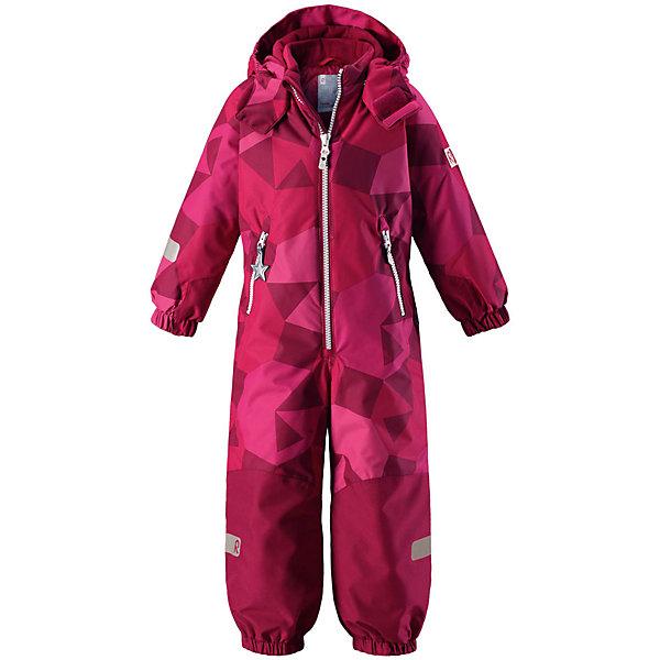 Комбинезон Reimatec® Reima Snowy для девочкиОдежда<br>Характеристики товара:<br><br>• цвет: розовый принт;<br>• состав: 100% полиэстер;<br>• подкладка: 100% полиэстер;<br>• утеплитель: 160 г/м2<br>• температурный режим: от 0 до -20С;<br>• сезон: зима; <br>• водонепроницаемость: 8000/10000 мм;<br>• воздухопроницаемость: 7000/5000 мм;<br>• износостойкость: 30000/50000 циклов (тест Мартиндейла);<br>• водо- и ветронепроницаемый, дышащий и грязеотталкивающий материал;<br>• все швы проклеены и водонепроницаемы;<br>• прочные усиленные вставки внизу, на коленях и снизу на ногах;<br>• гладкая подкладка из полиэстера;<br>• мягкая резинка на кромке капюшона и манжетах;<br>• застежка: молния с защитой подбородка;<br>• безопасный съемный капюшон на кнопках;<br>• внутренняя регулировка обхвата талии;<br>• прочные съемные силиконовые штрипки;<br>• два кармана на молнии;<br>• светоотражающие детали;<br>• страна бренда: Финляндия;<br>• страна изготовитель: Китай.<br><br>Зимний комбинезон на молнии изготовлен из водо и ветронепроницаемого материала с водо и грязеотталкивающей поверхностью. Все швы проклеены, водонепроницаемы. Комбинезон снабжен прочными усилениями на задней части, коленях и концах брючин. В этом комбинезоне прямого кроя талия при необходимости легко регулируется, что позволяет подогнать комбинезон точно по фигуре.<br><br>Съемный капюшон защищает от пронизывающего ветра, а еще он безопасен во время игр на свежем воздухе. Кнопки легко отстегиваются, если капюшон случайно за что-нибудь зацепится. Силиконовые штрипки не дают концам брючин задираться, бегай сколько хочешь! Образ довершают мягкая резинка по краю капюшона и на манжетах, два кармана на молнии и светоотражающие детали.<br><br>Комбинезон Snowy Reimatec® Reima от финского бренда Reima (Рейма) можно купить в нашем интернет-магазине.<br>Ширина мм: 356; Глубина мм: 10; Высота мм: 245; Вес г: 519; Цвет: розовый; Возраст от месяцев: 18; Возраст до месяцев: 24; Пол: Женский; Возраст: Детский; Размер: 92,140,98,104,11