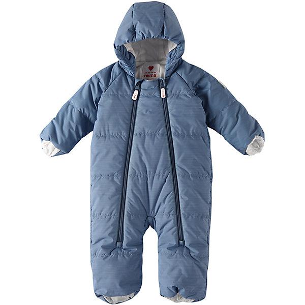 Комбинезон Reima Lumikko для мальчикаОдежда<br>Характеристики товара:<br><br>• цвет: синий;<br>• состав: 100% полиэстер;<br>• подкладка: 100% хлопок, джерси;<br>• утеплитель: 200 г/м2 Flex insulation;<br>• сезон: зима;<br>• температурный режим: от -10 до -30С;<br>• водонепроницаемость: 10000 мм;<br>•воздухопроницаемость: 11000;<br>• водо- и ветронепроницаемый и дышащий материал;<br>• застежка: две молнии с защитой подбородка;<br>• гладкая, приятная на ощупь подкладка из материала Jersey;<br>• фиксированный капюшон;<br>• рукава и штанины с подгибом во всех размерах;<br>• съемные эластичные штрипки в размерах от 62/68 до 74/80;<br>• светоотражающие детали;<br>• страна бренда: Финляндия;<br>• страна изготовитель: Китай.<br><br>Симпатичный и невероятно теплый комбинезон для самых маленьких! Этот комбинезон для новорожденных сшит из водо- и ветронепроницаемого материала и подбит мягкой подкладкой из джерси. Он снабжен подворачивающимися манжетами на рукавах и концах брючин, а также несъемным капюшоном.<br><br>Комбинезон Reima Lumikko от финского бренда Reima (Рейма) можно купить в нашем интернет-магазине.<br>Ширина мм: 356; Глубина мм: 10; Высота мм: 245; Вес г: 519; Цвет: синий; Возраст от месяцев: 6; Возраст до месяцев: 9; Пол: Мужской; Возраст: Детский; Размер: 74/80,50/56,62/68; SKU: 6968357;