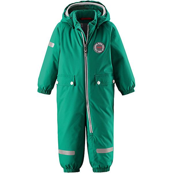 Комбинезон Reimatec® Reima Maahinen для мальчикаВерхняя одежда<br>Характеристики товара:<br><br>• цвет: зеленый;<br>• состав: 100% полиэстер;<br>• подкладка: 100% полиэстер;<br>• утеплитель: 160 г/м2;<br>• сезон: зима;<br>• температурный режим: от 0 до -20С;<br>• водонепроницаемость: 8000 мм;<br>• воздухопроницаемость: 10000 мм;<br>• износостойкость: 30000 циклов (тест Мартиндейла);<br>• водо- и ветронепроницаемый, дышащий и грязеотталкивающий материал;<br>• основные швы проклеены и водонепроницаемы;<br>• застежка: молния с защитой подбородка;<br>• гладкая подкладка из полиэстера;<br>• безопасный, съемный капюшон;<br>• мягкая резинка на кромке капюшона;<br>• эластичные манжеты;<br>• внутренняя регулировка обхвата талии;<br>• эластичные штанины;<br>• прочные, съемные силиконовые штрипки;<br>• два кармана с кнопками;<br>• светоотражающие детали;<br>• страна бренда: Финляндия;<br>• страна изготовитель: Китай.<br><br>В зимний вариант этой популярной модели мы добавили еще больше утеплителя. Самые важные швы в этом зимнем комбинезоне проклеены и водонепроницаемы, а сам он изготовлен из ветронепроницаемого, дышащего материала с водо и грязеотталкивающей поверхностью. У этой модели прямой покрой с регулируемой талией, так что при желании силуэт можно сделать более приталенным. <br><br>Съемный капюшон не только защищает от пронизывающего ветра, но еще и безопасен во время игр на свежем воздухе. Кнопки легко отстегиваются, если капюшон случайно за что-нибудь зацепится. Мягкая резинка по краю регулируемого капюшона, а также большие карманы с клапанами и светоотражающие детали придают образу изюминку. Благодаря силиконовым штрипкам, концы брючин не будут задираться.<br><br>Комбинезон-трансформер Reimatec®+ Reima Pouch от финского бренда Reima (Рейма) можно купить в нашем интернет-магазине.<br><br>Ширина мм: 356<br>Глубина мм: 10<br>Высота мм: 245<br>Вес г: 519<br>Цвет: зеленый<br>Возраст от месяцев: 24<br>Возраст до месяцев: 36<br>Пол: Мужской<br>Возраст: Детский<br>Размер: 98
