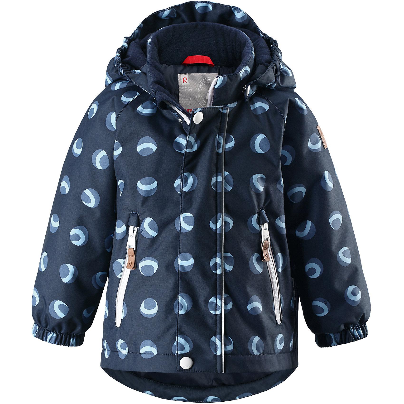 Куртка Ruis Reimatec® ReimaВерхняя одежда<br>Отличная зимняя куртка для малышей! Основные швы в куртке проклеены, а сама она изготовлена из водо- и ветронепроницаемого, грязеотталкивающего материала. Гладкая подкладка и молния во всю длину облегчают надевание. Съемный капюшон защищает от ветра, к тому же он абсолютно безопасен – легко отстегнется, если вдруг за что-нибудь зацепится. Маленькие карманы на молнии надежно сохранят все сокровища.<br>Состав:<br>100% Полиэстер<br><br>Ширина мм: 356<br>Глубина мм: 10<br>Высота мм: 245<br>Вес г: 519<br>Цвет: синий<br>Возраст от месяцев: 24<br>Возраст до месяцев: 36<br>Пол: Унисекс<br>Возраст: Детский<br>Размер: 98,80,86,92<br>SKU: 6968442