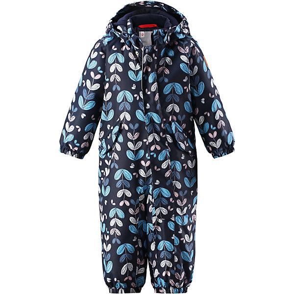 Комбинезон Reimatec® Reima Puna для девочкиВерхняя одежда<br>Характеристики товара:<br><br>• цвет: синий;<br>• состав: 100% полиэстер;<br>• подкладка: 100% полиэстер;<br>• утеплитель: 160 г/м2;<br>• сезон: демисезон, зима;<br>• температурный режим: от 0 до -20С;<br>• водонепроницаемость: 8000 мм;<br>• воздухопроницаемость: 10000 мм;<br>• износостойкость: 30000 циклов (тест Мартиндейла);<br>• водо- и ветронепроницаемый, дышащий и грязеотталкивающий материал;<br>• основные швы проклеены и водонепроницаемы;<br>• застежка: молния с защитой подбородка;<br>• гладкая подкладка из полиэстера;<br>• утепленная задняя часть изделия;<br>• безопасный, съемный капюшон;<br>• эластичные манжеты;<br>• внутренняя регулировка обхвата талии;<br>• эластичные штанины;<br>• съемные эластичные штрипки;<br>• два кармана с кнопками;<br>• светоотражающие детали;<br>• страна бренда: Финляндия;<br>• страна изготовитель: Китай.<br><br>Основные швы комбинезона проклеены, а сам он изготовлен из водо и ветронепроницаемого, грязеотталкивающего материала. Утепленная задняя часть обеспечит дополнительную защиту от холода во время игр в снегу. Гладкая подкладка и длинная молния облегчают надевание, а талия в комбинезоне регулируется. Два кармана с клапанами надежно сохранят все сокровища.<br><br>Комбинезон Reimatec® Reima Puna от финского бренда Reima (Рейма) можно купить в нашем интернет-магазине.<br><br>Ширина мм: 356<br>Глубина мм: 10<br>Высота мм: 245<br>Вес г: 519<br>Цвет: синий<br>Возраст от месяцев: 15<br>Возраст до месяцев: 18<br>Пол: Женский<br>Возраст: Детский<br>Размер: 86,74,98,92,80<br>SKU: 6968489