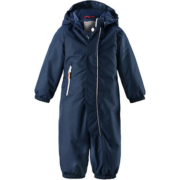 Комбинезон Reimatec® Reima Puhuri для мальчикаОдежда<br>Характеристики товара:<br><br>• цвет: темно-синий<br>• состав: 100% полиэстер<br>• утеплитель: 160 г/м2 (soft loft insulation)<br>• сезон: зима<br>• температурный режим: от 0 до -20С<br>• водонепроницаемость: 8000 мм<br>• воздухопроницаемость: 10000 мм<br>• износостойкость: 30000 циклов (тест Мартиндейла)<br>• особенности модели: с рисунком<br>• основные швы проклеены и не пропускают влагу<br>• водо- и ветронепроницаемый, дышащий и грязеотталкивающий материал<br>• утепленная задняя часть изделия<br>• гладкая подкладка из полиэстера<br>• безопасный, съемный капюшон<br>• защита подбородка от защемления<br>• эластичные манжеты и штанины<br>• внутренняя регулировка обхвата талии<br>• съемные эластичные штрипки <br>• длинная молния для легкого надевания<br>• карман на молнии<br>• светоотражающие детали<br>• страна бренда: Финляндия<br>• страна изготовитель: Китай<br><br>Зимний комбинезон на молнии для малышей! Основные швы комбинезона проклеены, а сам он изготовлен из водо и ветронепроницаемого, грязеотталкивающего материала. Утепленная задняя часть обеспечит дополнительное утепление во время игр в снегу.<br><br>Гладкая подкладка и длинная молния облегчают надевание, а талия в комбинезоне регулируется. Маленький карман на молнии надежно сохранит все сокровища. Зимний комбинезон с капюшоном для мальчика декорирован рисунком с мячиками.<br><br>Комбинезон Puhuri Reimatec® Reima от финского бренда Reima (Рейма) можно купить в нашем интернет-магазине<br><br>Ширина мм: 356<br>Глубина мм: 10<br>Высота мм: 245<br>Вес г: 519<br>Цвет: темно-синий<br>Возраст от месяцев: 15<br>Возраст до месяцев: 18<br>Пол: Мужской<br>Возраст: Детский<br>Размер: 86,92,98,74,80<br>SKU: 6968513