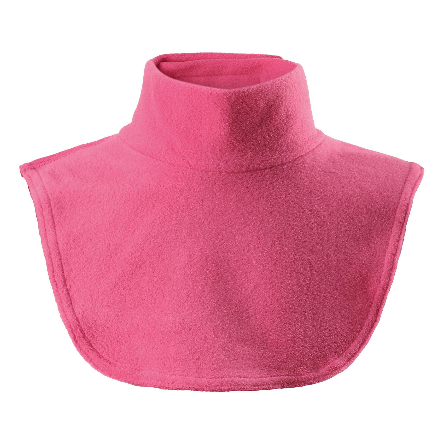 Шарф-хомут LassieШарфы, платки<br>Мягкая горловина из флиса обеспечивает дополнительную защиту области шеи – в ней ребенку будет тепло во время веселых зимних прогулок. Благодаря удобной застежке на липучке вы без труда наденете горловину и легко отрегулируете нужный размер! Идеально подходит для прогулок в холодные осенние дни и морозную зимнюю пору. Облегченная модель без подкладки.<br>Состав:<br>100% Полиэстер<br><br>Ширина мм: 88<br>Глубина мм: 155<br>Высота мм: 26<br>Вес г: 106<br>Цвет: розовый<br>Возраст от месяцев: 36<br>Возраст до месяцев: 72<br>Пол: Унисекс<br>Возраст: Детский<br>Размер: one size<br>SKU: 6972300
