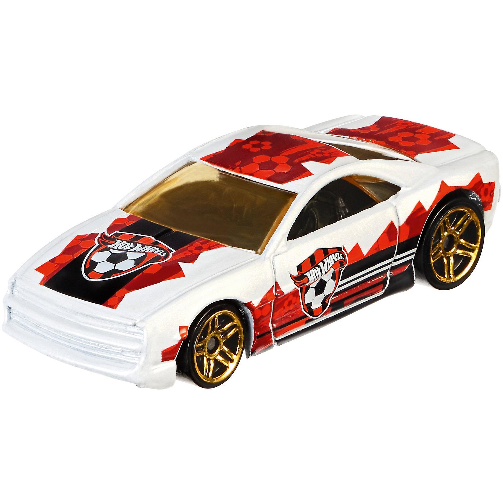 Коллекционная машинкаHot Wheels Muscle ToneКубок УЕФА, 1:64Популярные игрушки<br>Характеристики товара:<br><br>• возраст: от 3 лет;<br>• материал: пластик;<br>• в комплекте: машинка;<br>• длина машинки: 7 см;<br>• масштаб: 1:64;<br>• размер упаковки: 16,5х11х3,5 см;<br>• вес упаковки: 37 гр.;<br>• страна производитель: Тайланд.<br><br>Коллекционная машинка Muscle Tone Кубок УЕФА Hot Wheels создана специально в стиле футбольных команд-участниц Чемпионата Европы 2016. Машинка украшена логотипом одной из команд. Игрушка выполнена из качественного безопасного пластика.<br><br>Коллекционную машинку Muscle Tone Кубок УЕФА Hot Wheels можно приобрести в нашем интернет-магазине.<br><br>Ширина мм: 167<br>Глубина мм: 106<br>Высота мм: 20<br>Вес г: 37<br>Возраст от месяцев: 36<br>Возраст до месяцев: 72<br>Пол: Мужской<br>Возраст: Детский<br>SKU: 6973975