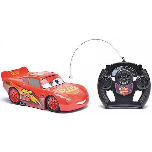 Радиоуправляемая машина Disney Молния Маккуин, 22 смРадиоуправляемые машины<br>Характеристики товара:<br><br>• размер игрушки: 22 см;<br>• управление: пульт ДУ;<br>• направление движения: вперед, назад, вправо, влево;<br>• в комплекте: автомобиль, пульт ДУ;<br>• цвет: красный/черный;<br>• батарейки: АА - 5 шт. (не входят в комплект);<br>• материал: пластик;<br>• размер упаковки: 15,5х13,5х36 см;<br>• вес: 523 грамма;<br>• возраст: от 3 лет.<br><br>Радиоуправляемая машина Молния Маккуин - прекрасный подарок для любителей мультфильма «Тачки». Маккуин управляется пультом дистанционного управления и ездит в четырех направлениях: вперед, назад, вправо и влево. <br><br>Пульт выполнен в виде руля, поэтому ребенок сможет представить себя гонщиком, сидящим за рулем гоночного автомобиля. Игрушка изготовлена из прочного пластика, безопасного для детей. Для работы необходимы 5 батареек АА (не входят в комплект).<br><br>Радиоуправляемую машину Disney Молния Маккуин, 22 см можно купить в нашем интернет-магазине.<br><br>Ширина мм: 360<br>Глубина мм: 135<br>Высота мм: 155<br>Вес г: 523<br>Возраст от месяцев: 36<br>Возраст до месяцев: 72<br>Пол: Мужской<br>Возраст: Детский<br>SKU: 6982803