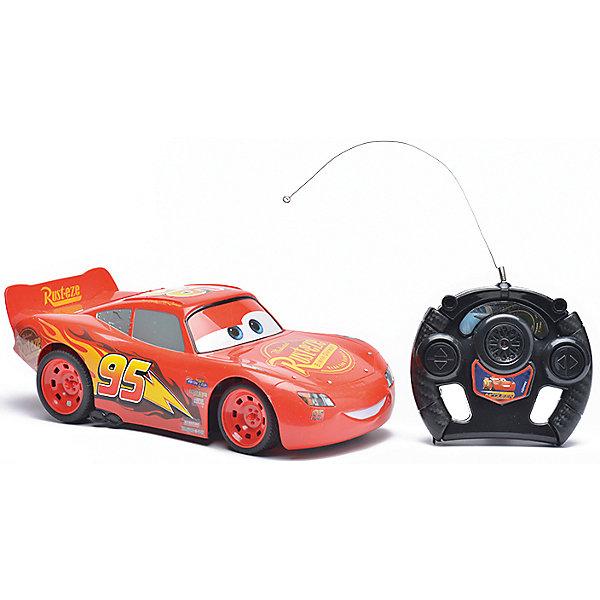 Радиоуправляемая машина Disney Молния Маккуин, 28 смРадиоуправляемые машины<br>Характеристики товара:<br><br>• размер игрушки: 28 см;<br>• управление: пульт ДУ;<br>• направление движения: вперед, назад, вправо, влево;<br>• в комплекте: автомобиль, пульт ДУ;<br>• цвет: красный/черный;<br>• материал: пластик;<br>• размер упаковки: 19,5х41,5 см;<br>• вес: 650 грамм;<br>• возраст: от 3 лет.<br><br>Радиоуправляемая машина Disney - отличный подарок поклонникам мультфильма «Тачки». Машинка выполнена в виде Молнии Маккуина и является реалистичной копией своего прототипа. Маккуин ездит вправо, влево, вперед и назад. Для управления игрушкой в комплект входит пульт дистанционного управления.<br><br>Пульт выполнен в виде руля, поэтому ребенок сможет представить себя гонщиком, сидящим за рулем гоночного автомобиля. Игрушка изготовлена из прочного пластика, безопасного для детей. Размер игрушки - 28 сантиметров.<br><br>Радиоуправляемую машину Disney Молния Маккуин, 28 см можно купить в нашем интернет-магазине.<br>Ширина мм: 415; Глубина мм: 170; Высота мм: 195; Вес г: 650; Возраст от месяцев: 36; Возраст до месяцев: 72; Пол: Мужской; Возраст: Детский; SKU: 6982806;