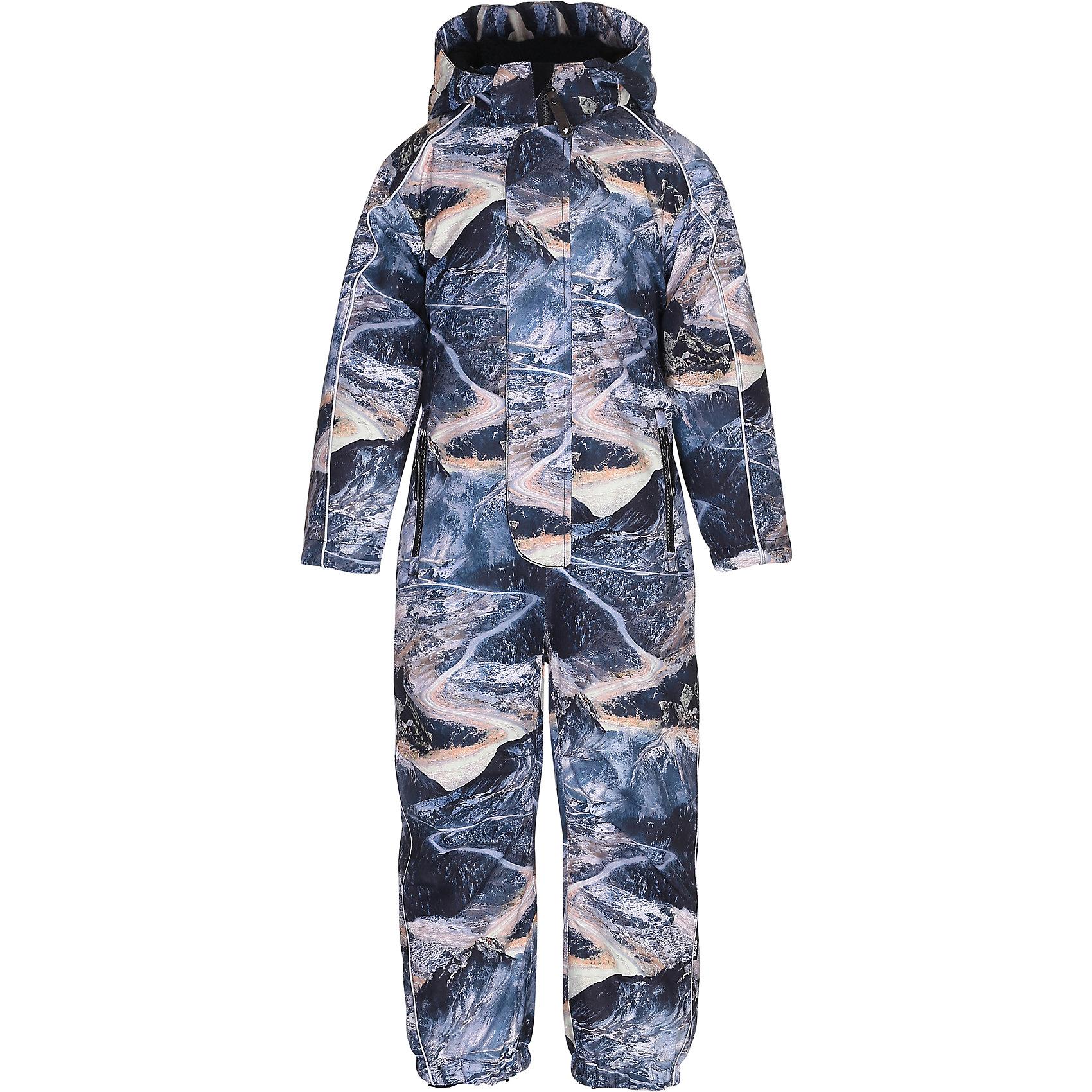 Комбинезон MOLO для мальчикаВерхняя одежда<br>Зимний комбинезон Molo <br>• состав: 100% нейлон, 100% полиэстер<br>• температурный режим: 0° до -25° градусов<br>• утеплитель:  ThinsulateTM  прекрасно сохраняющий тепло,  позволяет телу дышать и остается при этом сухим и легким<br>• водонепроницаемость: 10 000 мм<br>• отвод влаги: 8 000 г/м2/24ч<br>• основные швы проклеены<br>• съёмный капюшон<br>• удобные молнии<br>• «дышащий» материал<br>• ветро- водо- и грязеотталкивающий материал<br>• ветрозащитная планка<br>• комфортная посадка<br>• прочные съёмные силиконовые штрипки<br>• страна производства: Китай<br>• страна бренда: Дания <br> Фантастический и причудливый датский бренд Molo это самый актуальный и стильный дизайн в детской одежде для маленьких модников.<br><br>Ширина мм: 215<br>Глубина мм: 88<br>Высота мм: 191<br>Вес г: 336<br>Цвет: белый<br>Возраст от месяцев: 60<br>Возраст до месяцев: 72<br>Пол: Мужской<br>Возраст: Детский<br>Размер: 116,128,104,110<br>SKU: 6995075