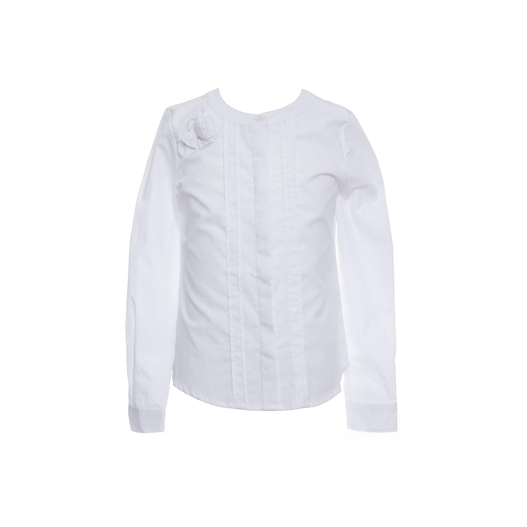 Блуза SELA для девочкиБлузки и рубашки<br>Характеристики товара:<br><br>• цвет: белый;<br>• состав: 55% хлопок, 45% полиэстер;<br>• сезон: демисезон;<br>• особенности: школьная;<br>• свободный крой;<br>• рукав: длинный;<br>• страна бренда: Россия;<br>• страна изготовитель: Китай.<br><br>Школьная блузка с длинным рукавом для девочки. Модель застегивается на пуговицы, манжеты на пуговицах. Белая блузка свободного кроя. Блуза украшена декоративной розой.<br><br>Блузу Sela (Села) для девочки можно купить в нашем интернет-магазине.<br><br>Ширина мм: 186<br>Глубина мм: 87<br>Высота мм: 198<br>Вес г: 197<br>Цвет: белый<br>Возраст от месяцев: 132<br>Возраст до месяцев: 144<br>Пол: Женский<br>Возраст: Детский<br>Размер: 152,122,128,134,140,146<br>SKU: 7009463
