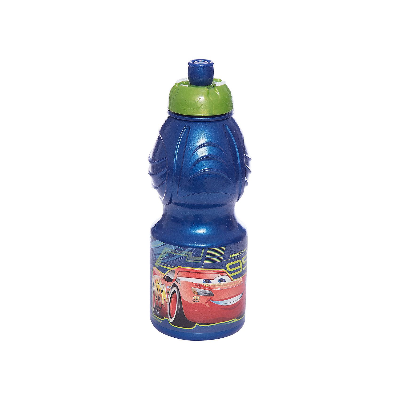 Бутылка пластиковая 400 мл., Тачки 3Бутылки для воды и бутербродницы<br>Характеристики:<br><br>• возраст: от 3 лет;<br>• цвет: разноцветная, с иллюстрацией;<br>• объем: 400 мл.;<br>• дополнительные опции: с поильником;<br>• материал: пищевой пластик;<br>• высота бутылки: 18 см; <br>• ширина бутылки: 6,5 см;<br>• вес: 50 г.<br>   <br>Красочная спортивная бутылочка для детей изготовлена из пищевого пластика. Горлышко снабжено специальным выдвижным поильником. Бутылка имеет суженую к середине форму, удобную для детской руки.<br><br>Бутылка легко помещается в спортивную сумку, рюкзак или велосипедный держатель. Можно использовать с любыми видами пищевых жидкостей.<br><br>На бутылочке изображены любимые детские персонажи. <br><br>Бутылку пластиковую 400 мл., Тачки 3, Stor можно приобрести в нашем интернет-магазине.<br><br>Ширина мм: 65<br>Глубина мм: 65<br>Высота мм: 180<br>Вес г: 52<br>Возраст от месяцев: 36<br>Возраст до месяцев: 2147483647<br>Пол: Унисекс<br>Возраст: Детский<br>SKU: 7010324