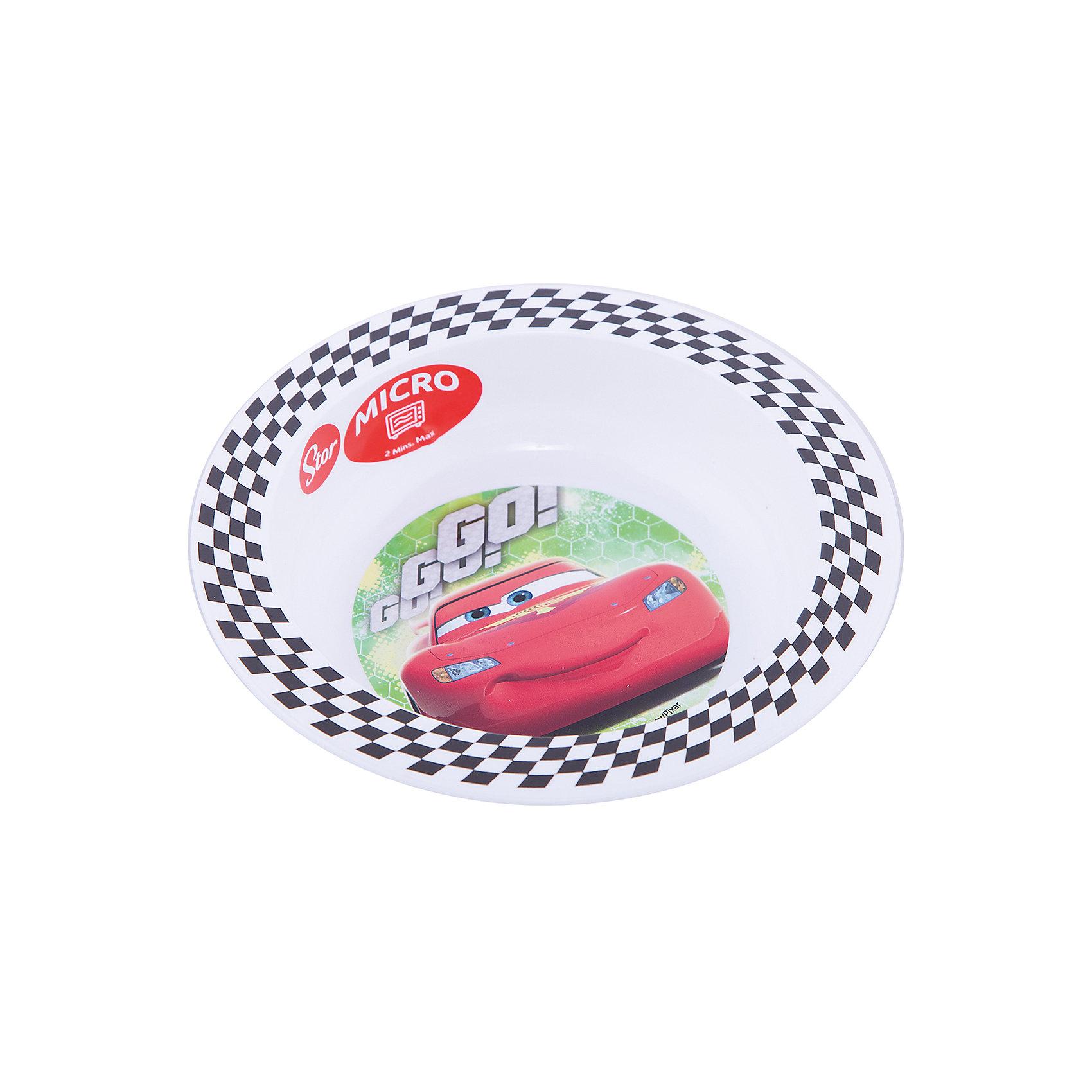 Миска пластиковая (для СВЧ). Тачки Грани гонокТачки<br>Характеристики:<br><br>• возраст: от 3 лет;<br>• материал: пищевой пластик;<br>• диаметр: 16,5 см;<br>• вес: 43 г.<br>   <br>Красочная детская миска с изображением любимых персонажей предназначена для детей от 3 лет. Яркую посуду можно использовать дома, брать с собой в дорогу или на пикник. <br><br>Глубокая миска изготовлена из высококачественного пищевого пластика. Подходит для обучения детей самостоятельному приему пищи, она не бьется и безопасна для малышей.<br><br>Миску можно использовать для горячих блюд и СВЧ. <br><br>Миска пластиковая для СВЧ, Тачки Грани гонок, ND Play можно приобрести в нашем интернет-магазине.<br><br>Ширина мм: 165<br>Глубина мм: 37<br>Высота мм: 165<br>Вес г: 43<br>Возраст от месяцев: 36<br>Возраст до месяцев: 2147483647<br>Пол: Унисекс<br>Возраст: Детский<br>SKU: 7010337