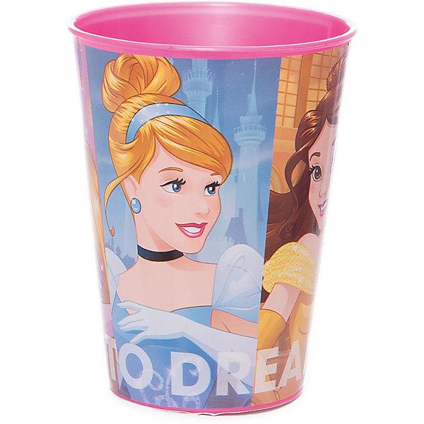 Стакан пластиковый 260 мл., Принцессы DisneyПринцессы Дисней<br>Характеристики:<br><br>• возраст: от 3 лет;<br>• объем: 260 мл;<br>• материал: пищевой пластик;<br>• размер: 7,6х7,6х9,7 см;<br>• вес: 20 г.<br>   <br>Красочный детский стакан с изображениями любимых телевизионных героев предназначен для детей от 3 лет. Яркую посуду можно использовать дома, брать с собой в дорогу или на пикник. <br><br>Стакан изготовлен из высококачественного пищевого пластика. Его можно использовать для обучения детей самостоятельному приему пищи, потому что стакан не бьется и безопасен для малышей.<br><br>Стакан пластиковый 260 мл., Принцесы Disney, Stor можно приобрести в нашем интернет-магазине.<br><br>Ширина мм: 76<br>Глубина мм: 76<br>Высота мм: 97<br>Вес г: 20<br>Возраст от месяцев: 36<br>Возраст до месяцев: 2147483647<br>Пол: Унисекс<br>Возраст: Детский<br>SKU: 7010343