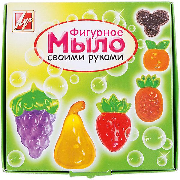 Набор для изготовления мыла ФРУКТЫ ЛучНаборы для создания мыла<br>Характеристики:<br><br>• возраст: от 7 лет<br>• в наборе: мыльная основа (прозрачная, белая) 200 гр; красители пищевые 3 шт по 5 мл (желтый, красный, синий); форма для мыла в виде клубники (7,5х4,5х1,5 см), форма для мыла в виде ананаса (8,5х4,5х1,5 см); форма для мыла в виде винограда (9х6,5х1,5 см); форма для мыла в виде ежевики (6х6х1,5 см); форма для мыла в виде груши (7х4х1,5 см); форма для мыла в виде апельсина (5,5х5х1,5 см); пластиковый стакан; стек; инструкция на русском языке.<br>• упаковка: картонная коробка<br>• размер упаковки: 18х18х7 см.<br>• вес: 350 гр.<br><br>Набор для изготовления мыла «Фрукты» поможет быстро и легко освоить мыловарение и самостоятельно создать оригинальное мыло шести разных форм. Готовое изделие станет прекрасным подарком близким и друзьям.<br><br>Набор для изготовления мыла ФРУКТЫ Луч можно купить в нашем интернет-магазине.<br>Ширина мм: 180; Глубина мм: 180; Высота мм: 70; Вес г: 350; Возраст от месяцев: 84; Возраст до месяцев: 2147483647; Пол: Унисекс; Возраст: Детский; SKU: 7010491;