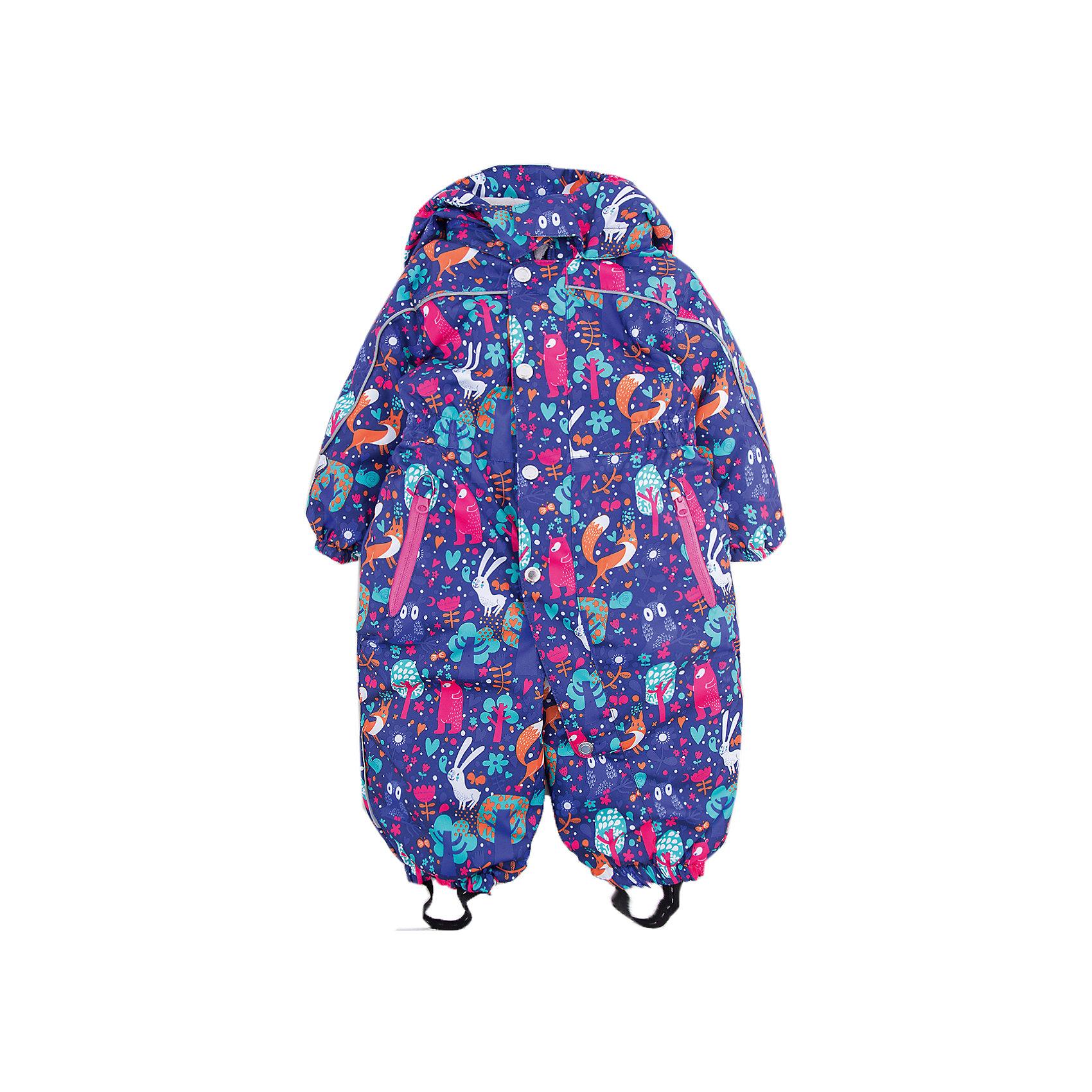 Комбинезон Санни OLDOS для девочкиВерхняя одежда<br>Характеристики товара:<br><br>• цвет: фиолетовый<br>• состав ткани: полиэстер<br>• подкладка: флис, гладкий полиэстер<br>• утеплитель: Hollofan <br>• сезон: зима<br>• мембранное покрытие<br>• температурный режим: от -30 до 0<br>• водонепроницаемость: 2000 мм <br>• паропроницаемость: 2000 г/м2<br>• плотность утеплителя: 300 г/м2<br>• застежка: молния<br>• капюшон: без меха, съемный<br>• силиконовые штрипки<br>• страна бренда: Россия<br>• страна изготовитель: Россия<br><br>Детский зимний комбинезон создан с применением мембранной технологии, поэтому рассчитан и на очень холодную погоду. Удобный зимний комбинезон дополнен резинкой в талии для лучшей посадки. Такой комбинезон для девочки отлично защищает ребенка от попадания снега внутрь. <br><br>Комбинезон Санни Oldos (Олдос) для девочки можно купить в нашем интернет-магазине.<br><br>Ширина мм: 356<br>Глубина мм: 10<br>Высота мм: 245<br>Вес г: 519<br>Цвет: лиловый<br>Возраст от месяцев: 18<br>Возраст до месяцев: 24<br>Пол: Женский<br>Возраст: Детский<br>Размер: 92,80,86<br>SKU: 7016304
