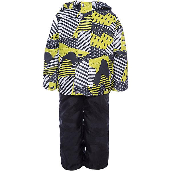 Комплект: куртка и полукомбинезон Кирус JICCO BY OLDOS для мальчикаВерхняя одежда<br>Характеристики товара:<br><br>• цвет: черный<br>• комплектация: куртка и полукомбинезон<br>• состав ткани: полиэстер<br>• подкладка: флис<br>• утеплитель: Hollofan <br>• сезон: зима<br>• температурный режим: от -30 до 0<br>• плотность утеплителя: куртка - 300 г/м2, полукомбинезон - 150 г/м2<br>• застежка: молния<br>• капюшон: без меха, несъемный<br>• страна бренда: Россия<br>• страна изготовитель: Россия<br><br>Детский зимний комплект из куртки и полукомбинезона выполнен в практичной стильной расцветке. Куртка для ребенка имеет рукава с отворотом и внутренней трикотажной саморегулирующейся манжетой. Полукомбинезон дополнен удобными эластичными регулируемыми подтяжками, по талии - резинка. <br><br>Внешняя ткань с водо-грязеотталкивающей пропиткой защитит от непогоды. Гипоаллергенный утеплитель нового поколения HOLLOFAN плотностью 300/150 г/м2 сохраняет тепло и быстро сохнет. Подкладка-флис, в рукавах и брючинах - гладкий полиэстер. Капюшон слитный, карманы на молнии. <br><br>Изделие прекрасно защитит от ветра и мороза, т.к. имеет ряд особенностей: воротник-стойка с флисовой вставкой, двойная ветрозащитная планка с защитой подбородка. Рукава с отворотом и внутренней трикотажной саморегулирующейся манжетой. Полукомбинезон с широкими эластичными регулируемыми по длине подтяжками, по талии вставлена резинка для прилегания. Изделие имеет светоотражающие элементы. <br><br>Комплект: куртка и полукомбинезон Кирус Oldos (Олдос) для мальчика можно купить в нашем интернет-магазине.<br>Ширина мм: 356; Глубина мм: 10; Высота мм: 245; Вес г: 519; Цвет: черный; Возраст от месяцев: 18; Возраст до месяцев: 24; Пол: Мужской; Возраст: Детский; Размер: 92,134,128,122,116,110,104,98; SKU: 7016436;