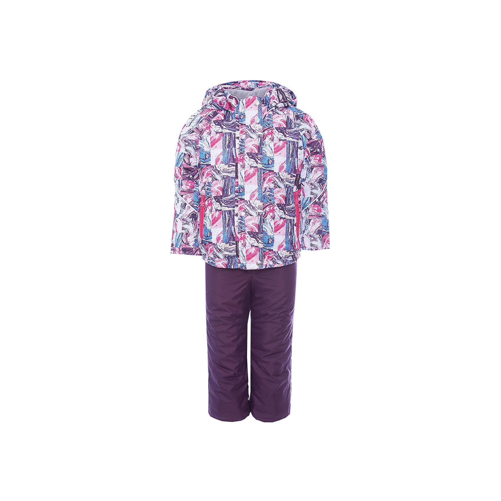 Комплект: куртка и полукомбинезон Юта OLDOS для девочкиВерхняя одежда<br>Характеристики товара:<br><br>• цвет: розовый<br>• комплектация: куртка и полукомбинезон<br>• состав ткани: полиэстер<br>• подкладка: флис<br>• утеплитель: Hollofan <br>• сезон: зима<br>• мембранное покрытие<br>• температурный режим: от -30 до 0<br>• водонепроницаемость: 5000 мм <br>• паропроницаемость: 3000 г/м2<br>• плотность утеплителя: куртка - 300 г/м2, полукомбинезон - 150 г/м2<br>• застежка: молния<br>• капюшон: без меха, несъемный<br>• страна бренда: Россия<br>• страна изготовитель: Россия<br><br>Мембранный комплект для девочки дополнен элементами для удобства ребенка: воротник-стойка, двойная ветрозащитная планка с защитой подбородка. Стильный зимний комплект от бренда Oldos разработан специально для детей. Прочное мембранное покрытие такого детского комплекта - это защита от воды и грязи, износостойкость, за ним легко ухаживать. <br><br>Комплект: куртка и полукомбинезон Юта Oldos (Олдос) для девочки можно купить в нашем интернет-магазине.<br><br>Ширина мм: 356<br>Глубина мм: 10<br>Высота мм: 245<br>Вес г: 519<br>Цвет: розовый<br>Возраст от месяцев: 36<br>Возраст до месяцев: 48<br>Пол: Женский<br>Возраст: Детский<br>Размер: 104,92,98<br>SKU: 7016982