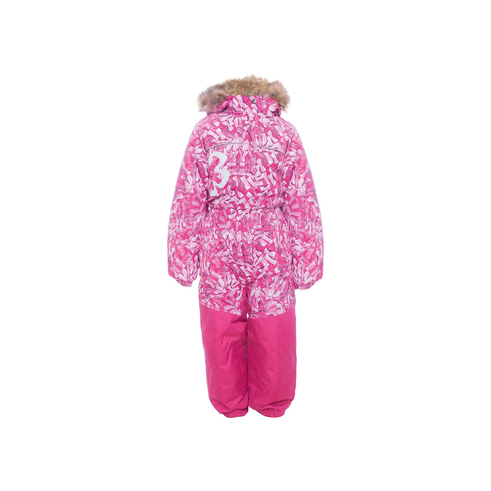 Комбинезон CHLOE 1 Huppa для девочкиВерхняя одежда<br>Характеристики товара:<br><br>• модель: Chloe 1;<br>• цвет: фуксия,принт ;<br>• пол: девочка ;<br>• состав: 100% полиэстер;<br>• утеплитель: полиэстер, 300 гр.;<br>• подкладка: тафта/флис;<br>• сезон: зима;<br>• температурный режим: от -5 до - 30С;<br>• водонепроницаемость: 5000 мм вверх/10000 мм низ ;<br>• воздухопроницаемость: 5000 вверх/ 10000 низ г/м2/24ч;<br>• водо- и ветронепроницаемый, дышащий и грязеотталкивающий материал;<br>• особенности модели: c рисунком, с мехом;<br>• капюшон для большего удобства крепится на кнопки и, при необходимости, отстегивается;<br>• искусственный мех на капюшоне съемный ;<br>• сиденье и нижний край брючины выполнены из очень прочной ткани Cordura;<br>• cидельный шов, внутренние и боковые швы проклеены и не пропускают влагу;<br>• светоотражающих элементов для безопасности ребенка;<br>• внутренний и боковые карманы застегиваются на молнию;<br>• манжеты брюк и рукавов эластичные, на резинках;<br>• съемные силиконовые штрипки;<br>• страна бренда: Финляндия;<br>• страна изготовитель: Эстония.<br><br>Комбинезон Chloe 1 для девочки Водо и воздухонепроницаемый. Важный критерий при выборе комбинезона для девочки - это количество утеплителя, ведь малыши еще малоподвижны, поэтому комбинезон должен быть теплым. В модели Chloe 1 300 грамм утеплителя, которые обеспечат тепло и комфорт ребенку при температуре от -5 до -30 градусов. Подкладка — тафта/флис. <br><br>Функциональные элемент: капюшон отстегивается с помощью кнопок, мех отстегивается, все карманы на молнии, манжеты на резинке, съемные силиконовые штрипки, светоотражающие элементы.<br><br>Комбинезон  Chloe 1  для девочки Huppa (Хуппа) можно купить в нашем интернет-магазине.<br><br>Ширина мм: 356<br>Глубина мм: 10<br>Высота мм: 245<br>Вес г: 519<br>Цвет: фуксия<br>Возраст от месяцев: 96<br>Возраст до месяцев: 108<br>Пол: Женский<br>Возраст: Детский<br>Размер: 134,92,98,104,110,116,122,128<br>SKU: 7024544