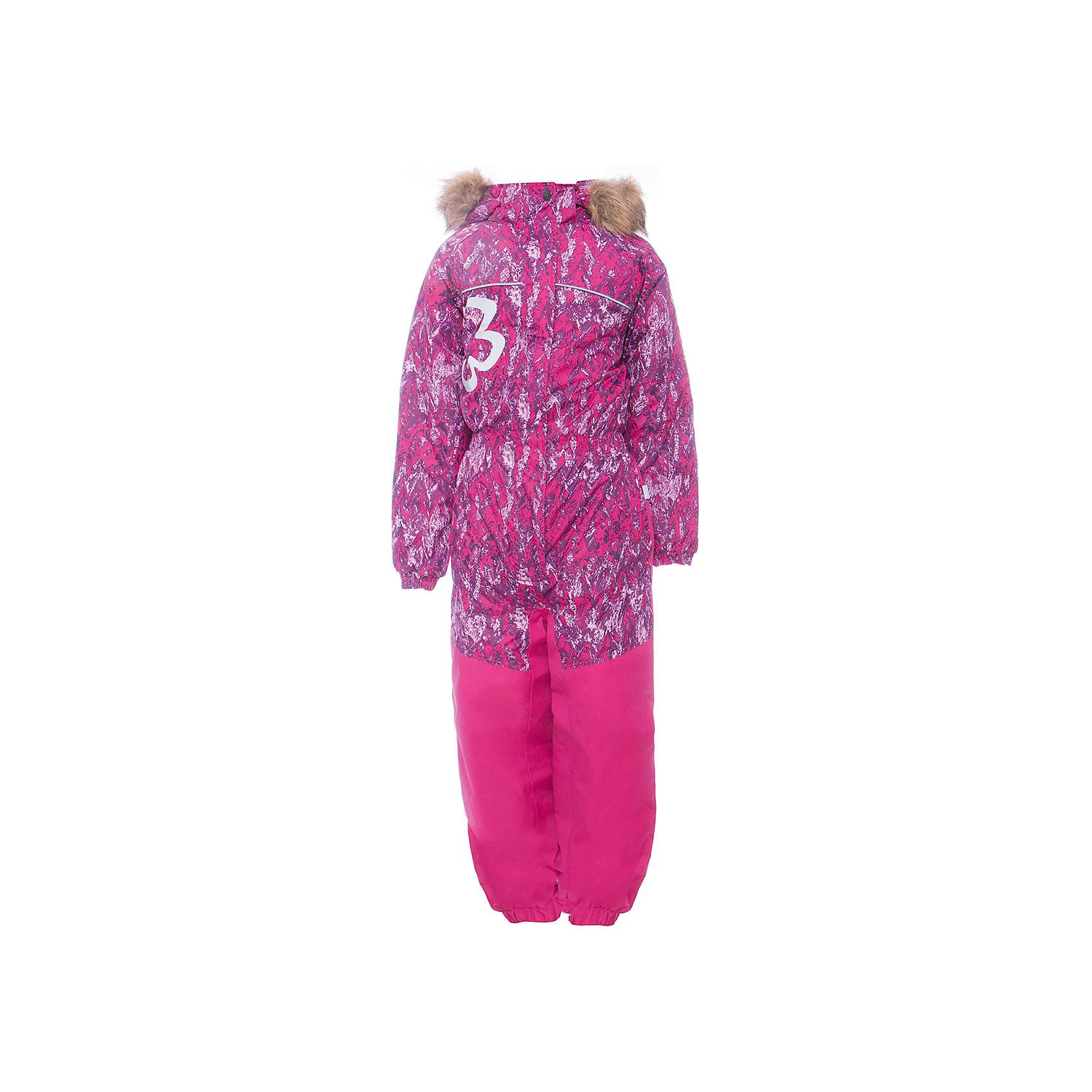 Комбинезон CHLOE 1 Huppa для девочкиВерхняя одежда<br>Характеристики товара:<br><br>• модель: Chloe 1;<br>• цвет: фуксия,принт ;<br>• пол: девочка ;<br>• состав: 100% полиэстер;<br>• утеплитель: полиэстер, 300 гр.;<br>• подкладка: тафта/флис;<br>• сезон: зима;<br>• температурный режим: от -5 до - 30С;<br>• водонепроницаемость: 5000 мм вверх/10000 мм низ ;<br>• воздухопроницаемость: 5000 вверх/ 10000 низ г/м2/24ч;<br>• водо- и ветронепроницаемый, дышащий и грязеотталкивающий материал;<br>• особенности модели: c рисунком, с мехом;<br>• капюшон для большего удобства крепится на кнопки и, при необходимости, отстегивается;<br>• искусственный мех на капюшоне съемный ;<br>• сиденье и нижний край брючины выполнены из очень прочной ткани Cordura;<br>• cидельный шов, внутренние и боковые швы проклеены и не пропускают влагу;<br>• светоотражающих элементов для безопасности ребенка;<br>• внутренний и боковые карманы застегиваются на молнию;<br>• манжеты брюк и рукавов эластичные, на резинках;<br>• съемные силиконовые штрипки;<br>• страна бренда: Финляндия;<br>• страна изготовитель: Эстония.<br><br>Комбинезон Chloe 1 для девочки Водо и воздухонепроницаемый. Важный критерий при выборе комбинезона для девочки - это количество утеплителя, ведь малыши еще малоподвижны, поэтому комбинезон должен быть теплым. В модели Chloe 1 300 грамм утеплителя, которые обеспечат тепло и комфорт ребенку при температуре от -5 до -30 градусов. Подкладка — тафта/флис. <br><br>Функциональные элемент: капюшон отстегивается с помощью кнопок, мех отстегивается, все карманы на молнии, манжеты на резинке, съемные силиконовые штрипки, светоотражающие элементы.<br><br>Комбинезон  Chloe 1  для девочки Huppa (Хуппа) можно купить в нашем интернет-магазине.<br><br>Ширина мм: 356<br>Глубина мм: 10<br>Высота мм: 245<br>Вес г: 519<br>Цвет: фуксия<br>Возраст от месяцев: 84<br>Возраст до месяцев: 96<br>Пол: Женский<br>Возраст: Детский<br>Размер: 104,110,116,122,128,134,92,98<br>SKU: 7024553