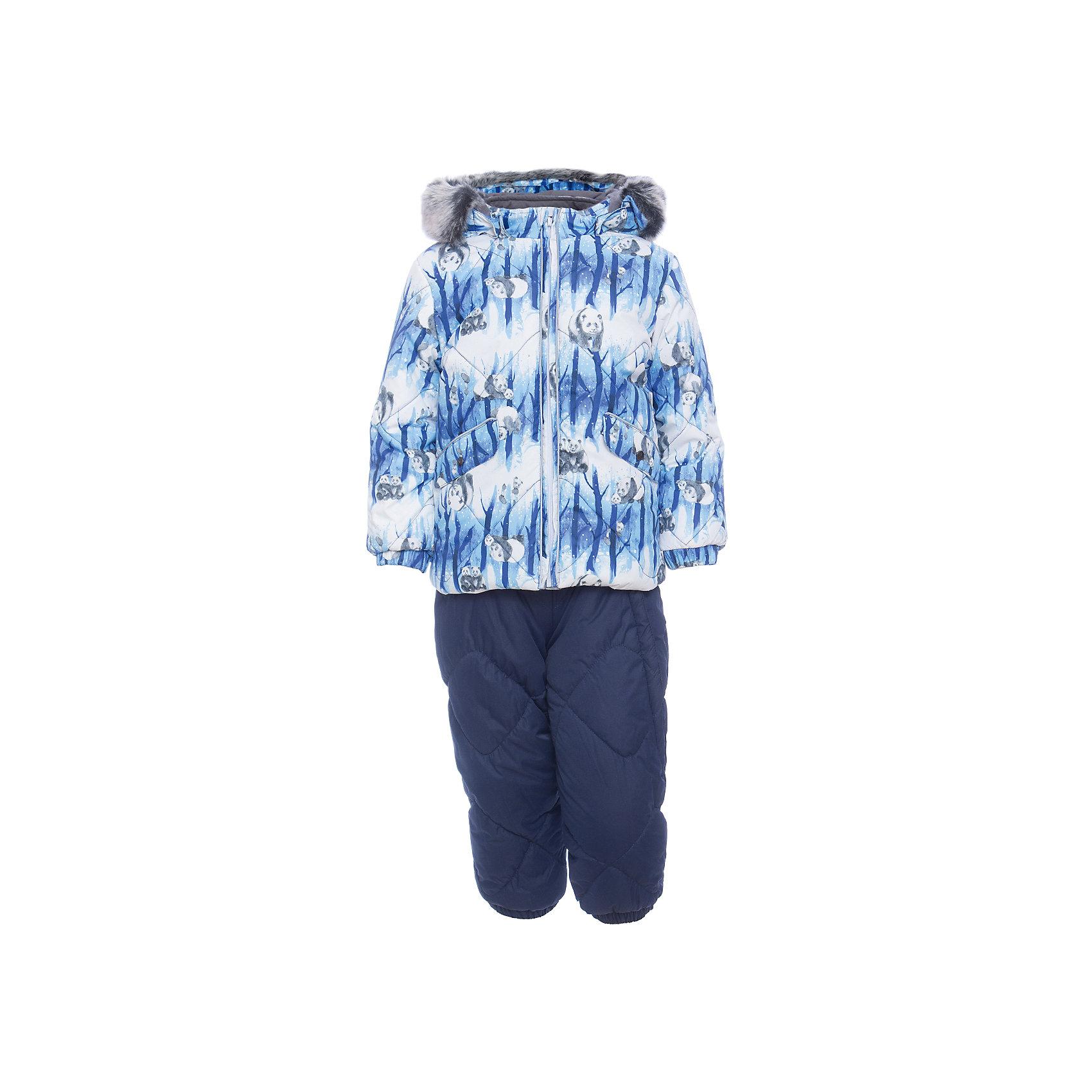Комплект: куртка и брюки NOELLE 1 HuppaВерхняя одежда<br>Характеристики товара:<br><br>• модель: Noelle 1;<br>• цвет: синий;<br>• состав: 100% полиэстер;<br>• утеплитель: полиэстер, 300 гр куртка / 160гр брюки;<br>• подкладка: куртка: полиэстер - тафта / полукомбинезон: 100% хлопок - фланель;<br>• сезон: зима;<br>• температурный режим: от -5 до - 30С;<br>• водонепроницаемость: 5000 мм  ;<br>• воздухопроницаемость: 5000 г/м2/24ч;<br>• водо- и ветронепроницаемый, дышащий и грязеотталкивающий материал;<br>• особенности модели: c рисунком; с мехом;<br>• капюшон при необходимости отстегивается;<br>• искусственный мех на капюшоне съемный ;<br>• защита подбородка от защемления;<br>• светоотражающих элементов для безопасности ребенка ;<br>• карманы на кнопках;<br>• манжеты рукавов на резинке; <br>• манжеты брюк на резинках;<br>• съемные силиконовые штрипки;<br>• внутренняя регулировка обхвата талии;<br>• страна бренда: Финляндия;<br>• страна изготовитель: Эстония.<br><br>Зимний комплект Noelle 1 бренда HUPPA влагонепроницаемый и дышащий. Куртка с утеплителем 300 гр и брюки с утеплителем 160 гр подойдут на температуру от -5 до -30 градусов. Подкладка —фланель - 100% хлопок,тафта.<br><br>Функциональные элементы: Куртка: капюшон отстегивается с помощью кнопок, мех отстегивается, защита подбородка от защемления, мягкая меховая подкладка, карманы на кнопках, манжеты на резинке, светоотражающие элементы. Брюки: регулируемые лямки, удлиненная косая молния, карман без застежек, подол штанин на резинке, съемные силиконовые штрипки, светоотражающие элементы. <br><br>Зимний комплект Noelle 1 бренда HUPPA  можно купить в нашем интернет-магазине.<br><br>Ширина мм: 356<br>Глубина мм: 10<br>Высота мм: 245<br>Вес г: 519<br>Цвет: синий<br>Возраст от месяцев: 36<br>Возраст до месяцев: 48<br>Пол: Унисекс<br>Возраст: Детский<br>Размер: 104,74,80,86,92,98<br>SKU: 7024677