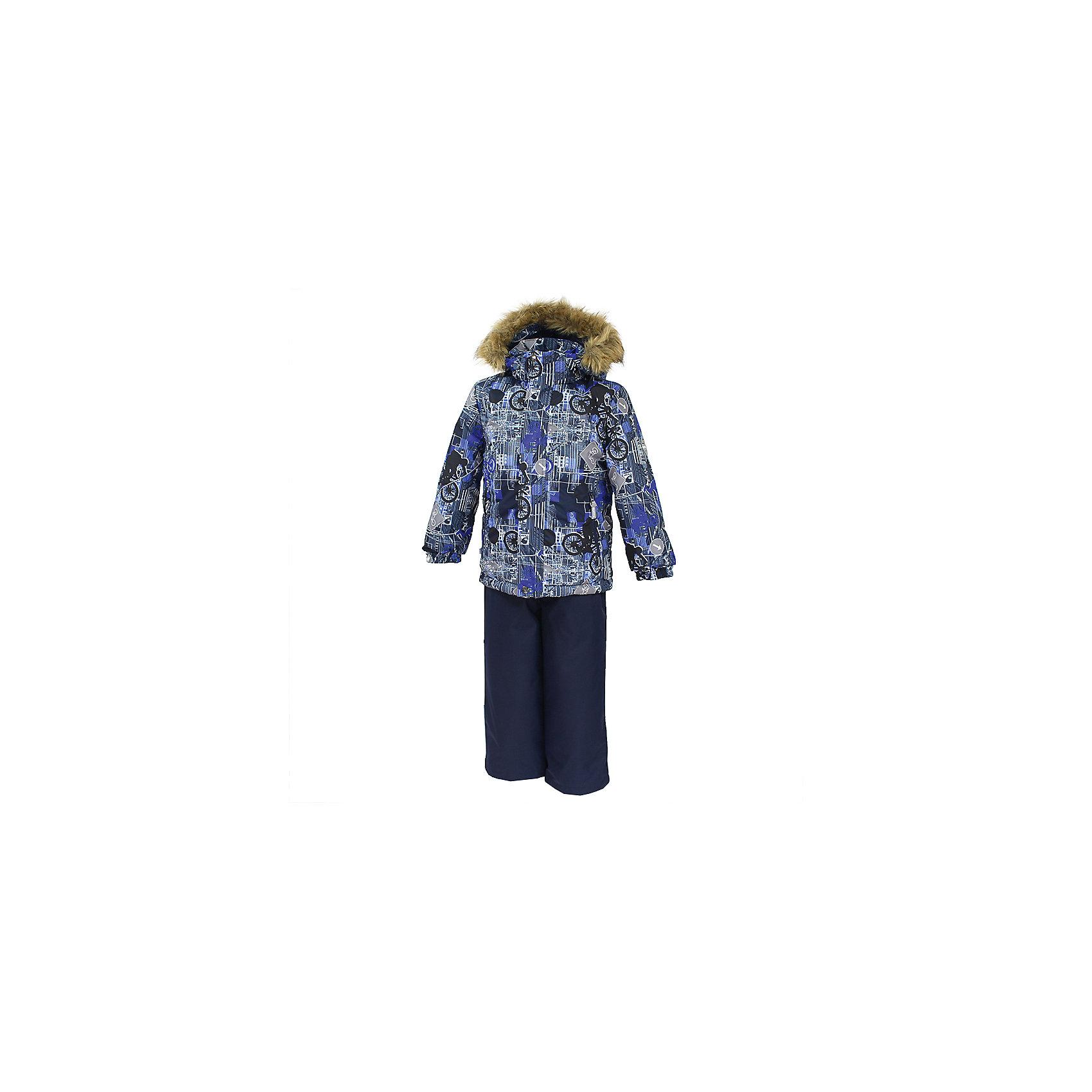 Комплект: куртка и брюки DANTE 1 HuppaВерхняя одежда<br>Характеристики товара:<br><br>• модель: Dante 1;<br>• цвет: синий принт/синий;<br>• состав: 100% полиэстер;<br>• утеплитель: нового поколения HuppaTherm, 300 гр куртка / 160гр полукомбинезон;<br>• подкладка: полиэстер: тафта, pritex;<br>• сезон: зима;<br>• температурный режим: от -5 до - 30С;<br>• водонепроницаемость: 10000 мм  ;<br>• воздухопроницаемость: 10000 г/м2/24ч;<br>• особенности модели: c рисунком; с мехом на капюшоне;<br>• плечевые швы и шаговый шов проклеены и не пропускают влагу;<br>• в куртке застежка молния, прикрыта планкой;<br>• низ куртки стягивается кулиской, что помогает предотвращать попадание снега внутрь;<br>• в полукомбинезоне застежка молния;<br>• эластичные подтяжки регулируются по длине;<br>• низ брюк затягивается на шнурок с фиксатором;<br>• снегозащитные манжеты на штанинах<br>• безопасный капюшон крепится на кнопки и, при необходимости, отстегивается;<br>• искусственный мех на капюшоне съемный;<br>• светоотражающие элементы для безопасности ребенка ;<br>• внутренний и боковые карманы застегиваются на молнию;<br>• манжеты рукавов эластичные, на резинках; <br>• страна бренда: Финляндия;<br>• страна изготовитель: Эстония.<br><br>Зимний комплект Dante 1 - это отличный вариант для холодной зимы.. Утеплитель HuppaTherm - высокотехнологичный легкий синтетический утеплитель нового поколения. Сохраняет объем и высокую теплоизоляцию изделия. Легко стирается и быстро сохнет. Изделия HuppaTherm легкие по весу, комфортные и теплые.<br><br>Мембрана препятствует прохождению воды и ветра сквозь ткань внутрь изделия, позволяя испаряться выделяемой телом, образовывающейся внутри влаге. Прочная ткань: сплетения волокон в тканях выполнены по специальной технологии, которая придаёт ткани прочность и предохранят от истирания.Подкладка —полиэстер: тафта, pritex.<br><br>Функциональные элементы: Куртка: капюшон и мех отстегивается,  застежка молния, прикрыта планкой, манжеты на резинке, светоотражающие эле