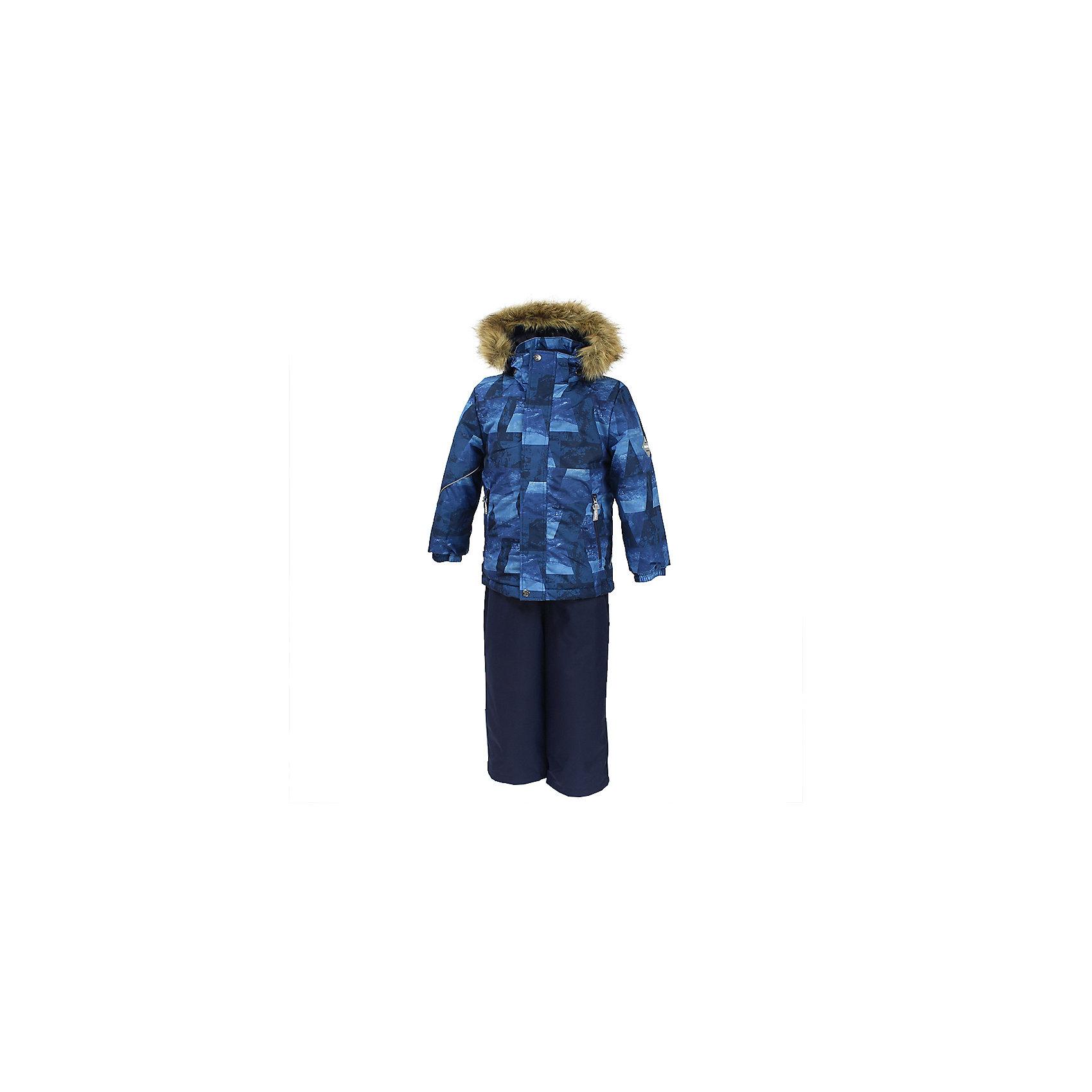 Комплект: куртка и брюки DANTE 1 HuppaВерхняя одежда<br>Характеристики товара:<br><br>• модель: Dante 1;<br>• цвет: синий принт/синий;<br>• состав: 100% полиэстер;<br>• утеплитель: нового поколения HuppaTherm, 300 гр куртка / 160гр полукомбинезон;<br>• подкладка: полиэстер: тафта, pritex;<br>• сезон: зима;<br>• температурный режим: от -5 до - 30С;<br>• водонепроницаемость: 10000 мм  ;<br>• воздухопроницаемость: 10000 г/м2/24ч;<br>• особенности модели: c рисунком; с мехом на капюшоне;<br>• плечевые швы и шаговый шов проклеены и не пропускают влагу;<br>• в куртке застежка молния, прикрыта планкой;<br>• низ куртки стягивается кулиской, что помогает предотвращать попадание снега внутрь;<br>• в полукомбинезоне застежка молния;<br>• эластичные подтяжки регулируются по длине;<br>• низ брюк затягивается на шнурок с фиксатором;<br>• снегозащитные манжеты на штанинах<br>• безопасный капюшон крепится на кнопки и, при необходимости, отстегивается;<br>• искусственный мех на капюшоне съемный;<br>• светоотражающие элементы для безопасности ребенка ;<br>• внутренний и боковые карманы застегиваются на молнию;<br>• манжеты рукавов эластичные, на резинках; <br>• страна бренда: Финляндия;<br>• страна изготовитель: Эстония.<br><br>Зимний комплект Dante 1 - это отличный вариант для холодной зимы. Утеплитель HuppaTherm - высокотехнологичный легкий синтетический утеплитель нового поколения. Сохраняет объем и высокую теплоизоляцию изделия. Легко стирается и быстро сохнет. Изделия HuppaTherm легкие по весу, комфортные и теплые.<br><br>Мембрана препятствует прохождению воды и ветра сквозь ткань внутрь изделия, позволяя испаряться выделяемой телом, образовывающейся внутри влаге. Прочная ткань: сплетения волокон в тканях выполнены по специальной технологии, которая придаёт ткани прочность и предохранят от истирания.Подкладка —полиэстер: тафта, pritex.<br><br>Функциональные элементы: Куртка: капюшон и мех отстегивается,  застежка молния, прикрыта планкой, манжеты на резинке, светоотражающие элем
