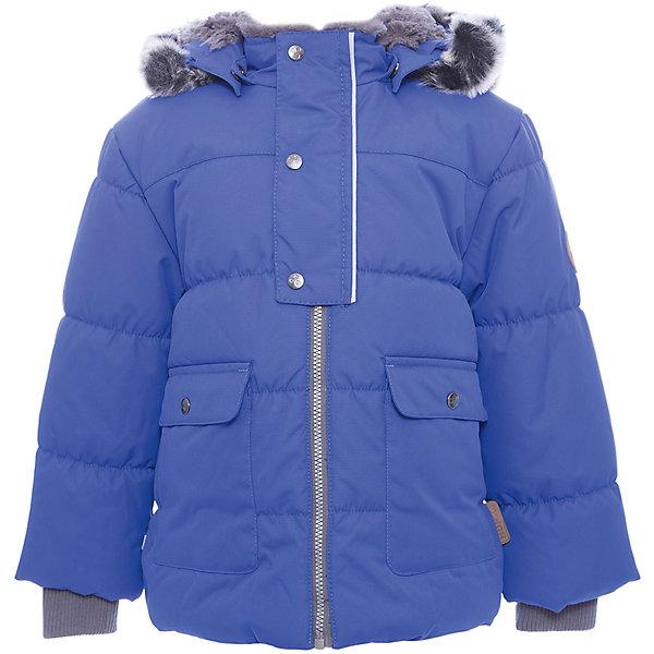 Куртка OLIVER Huppa для мальчикаВерхняя одежда<br>Характеристики товара:<br><br>• модель: Oliver;<br>• цвет: синий;<br>• пол: мальчик;<br>• состав: 100% полиэстер;<br>• утеплитель: полиэстер,300 гр.;<br>• подкладка: Teddy Fur, тафта,полиэстер;<br>• сезон: зима;<br>• температурный режим: от -5 до - 30С;<br>• водонепроницаемость: 10000 мм;<br>• воздухопроницаемость: 10000 г/м2/24ч;<br>• особенности модели: с мехом на капюшоне;<br>• защита подбородка от защемления;<br>• мягкая меховая подкладка;<br>• капюшон крепится на кнопки и, при необходимости, отстегивается;<br>• искусственный мех на капюшоне съемный;<br>• спереди расположены два накладныхкармана, с клапанами на кнопках;<br>• светоотражающие элементы для безопасности ребенка;<br>•  трикотажные манжеты; <br>• страна бренда: Финляндия;<br>• страна изготовитель: Эстония.<br><br>Куртка Oliver  для мальчика изготовлена из водо и ветронепроницаемого, грязеотталкивающего материала. В куртке Oliver  300 грамм утеплителя, которые обеспечат тепло и комфорт ребенку при температуре от -5 до -30 градусов.Подкладка —Teddy Fur,тафта.<br><br>Куртка с капюшоном застегивается на застежку-молнию и кнопки. Капюшон отстегивается с помощью кнопок, мех отстегивается. Рукава с трикотажными манжетами. У модели имеются два накладных кармана с клапанами на кнопках. Изделие дополнено светоотражающими элементами.<br><br>Куртку Oliver для мальчика бренда HUPPA  можно купить в нашем интернет-магазине.<br>Ширина мм: 356; Глубина мм: 10; Высота мм: 245; Вес г: 519; Цвет: синий; Возраст от месяцев: 48; Возраст до месяцев: 60; Пол: Мужской; Возраст: Детский; Размер: 110,74,122,116,104,98,92,86,80; SKU: 7024882;