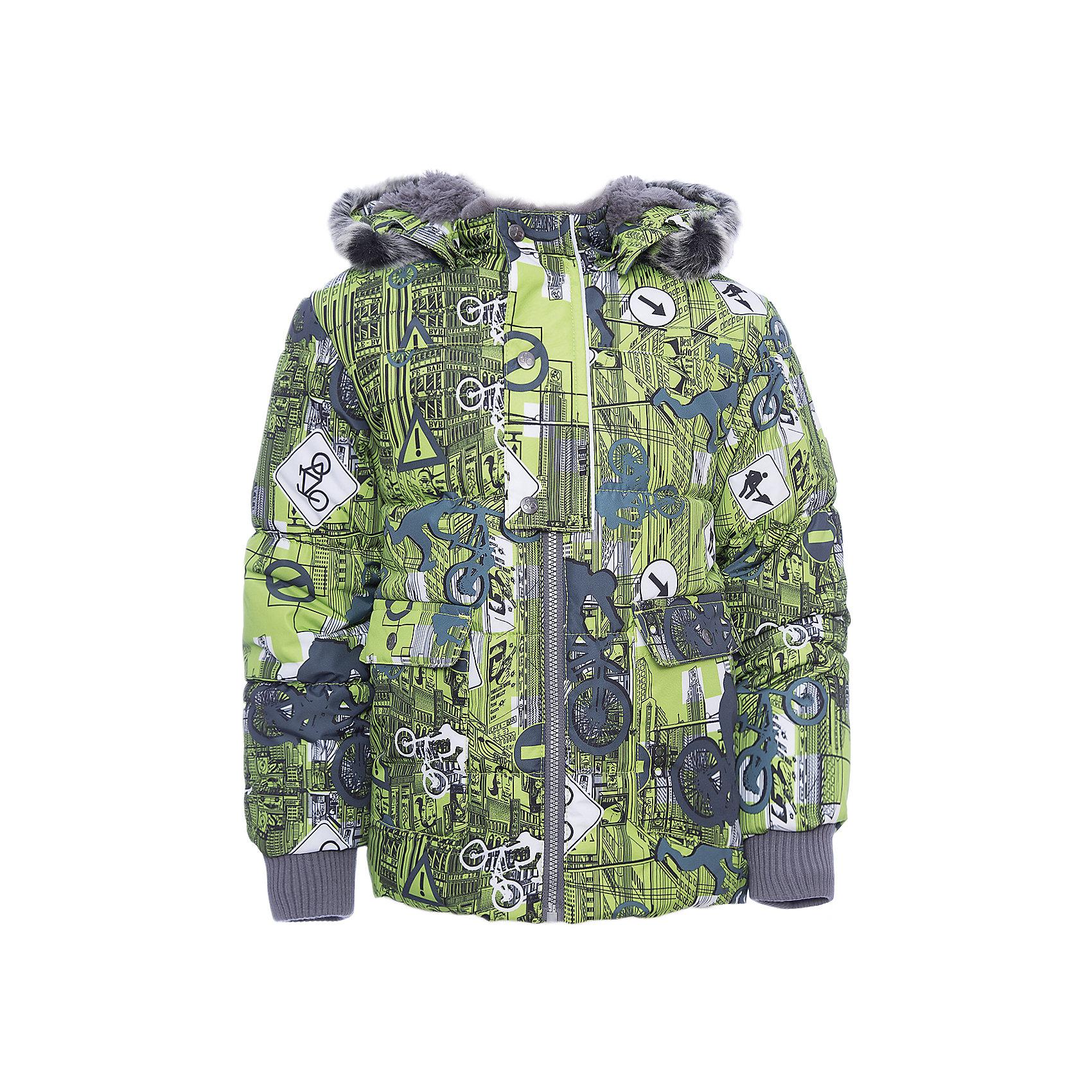 Куртка OLIVER Huppa для мальчикаЗимние куртки<br>Характеристики товара:<br><br>• модель: Oliver;<br>• цвет: зеленый;<br>• пол: мальчик;<br>• состав: 100% полиэстер;<br>• утеплитель: полиэстер,300 гр.;<br>• подкладка: Teddy Fur, тафта,полиэстер;<br>• сезон: зима;<br>• температурный режим: от -5 до - 30С;<br>• водонепроницаемость: 10000 мм;<br>• воздухопроницаемость: 10000 г/м2/24ч;<br>• особенности модели: с рисунком,с мехом на капюшоне;<br>• защита подбородка от защемления;<br>• мягкая меховая подкладка;<br>• капюшон крепится на кнопки и, при необходимости, отстегивается;<br>• искусственный мех на капюшоне съемный;<br>• спереди расположены два накладныхкармана, с клапанами на кнопках;<br>• светоотражающие элементы для безопасности ребенка;<br>•  трикотажные манжеты; <br>• страна бренда: Финляндия;<br>• страна изготовитель: Эстония.<br><br>Куртка Oliver  для мальчика изготовлена из водо и ветронепроницаемого, грязеотталкивающего материала. В куртке Oliver  300 грамм утеплителя, которые обеспечат тепло и комфорт ребенку при температуре от -5 до -30 градусов.Подкладка —Teddy Fur,тафта.<br><br>Куртка с капюшоном застегивается на застежку-молнию и кнопки. Капюшон отстегивается с помощью кнопок, мех отстегивается. Рукава с трикотажными манжетами. У модели имеются два накладных кармана с клапанами на кнопках. Изделие дополнено светоотражающими элементами.<br><br>Куртку Oliver для мальчика бренда HUPPA  можно купить в нашем интернет-магазине.<br><br>Ширина мм: 356<br>Глубина мм: 10<br>Высота мм: 245<br>Вес г: 519<br>Цвет: зеленый<br>Возраст от месяцев: 72<br>Возраст до месяцев: 84<br>Пол: Мужской<br>Возраст: Детский<br>Размер: 122,74,80,86,92,98,104,110,116<br>SKU: 7024892
