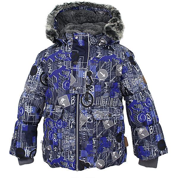 Куртка OLIVER Huppa для мальчикаВерхняя одежда<br>Характеристики товара:<br><br>• модель: Oliver;<br>• цвет: темно-синий;<br>• пол: мальчик;<br>• состав: 100% полиэстер;<br>• утеплитель: полиэстер,300 гр.;<br>• подкладка: Teddy Fur, тафта,полиэстер;<br>• сезон: зима;<br>• температурный режим: от -5 до - 30С;<br>• водонепроницаемость: 10000 мм;<br>• воздухопроницаемость: 10000 г/м2/24ч;<br>• особенности модели: с рисунком,с мехом на капюшоне;<br>• защита подбородка от защемления;<br>• мягкая меховая подкладка;<br>• капюшон крепится на кнопки и, при необходимости, отстегивается;<br>• искусственный мех на капюшоне съемный;<br>• спереди расположены два накладныхкармана, с клапанами на кнопках;<br>• светоотражающие элементы для безопасности ребенка;<br>•  трикотажные манжеты; <br>• страна бренда: Финляндия;<br>• страна изготовитель: Эстония.<br><br>Зимняя куртка Oliver  для мальчика изготовлена из водо и ветронепроницаемого, грязеотталкивающего материала. В куртке Oliver  300 грамм утеплителя, которые обеспечат тепло и комфорт ребенку при температуре от -5 до -30 градусов.Подкладка —Teddy Fur,тафта.<br><br>Куртка с капюшоном застегивается на застежку-молнию и кнопки. Капюшон отстегивается с помощью кнопок, мех отстегивается. Рукава с трикотажными манжетами. У модели имеются два накладных кармана с клапанами на кнопках. Изделие дополнено светоотражающими элементами.<br><br>Куртку Oliver для мальчика бренда HUPPA  можно купить в нашем интернет-магазине.<br>Ширина мм: 356; Глубина мм: 10; Высота мм: 245; Вес г: 519; Цвет: синий; Возраст от месяцев: 6; Возраст до месяцев: 9; Пол: Мужской; Возраст: Детский; Размер: 74,122,116,110,104,98,92,86,80; SKU: 7024902;