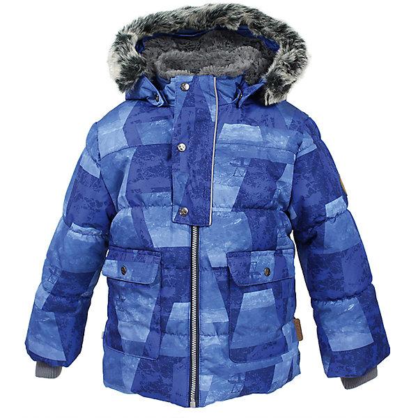 Куртка OLIVER Huppa для мальчикаВерхняя одежда<br>Характеристики товара:<br><br>• модель: Oliver;<br>• цвет: синий;<br>• пол: мальчик;<br>• состав: 100% полиэстер;<br>• утеплитель: полиэстер,300 гр.;<br>• подкладка: Teddy Fur, тафта,полиэстер;<br>• сезон: зима;<br>• температурный режим: от -5 до - 30С;<br>• водонепроницаемость: 10000 мм;<br>• воздухопроницаемость: 10000 г/м2/24ч;<br>• особенности модели: с рисунком,с мехом на капюшоне;<br>• защита подбородка от защемления;<br>• мягкая меховая подкладка;<br>• капюшон крепится на кнопки и, при необходимости, отстегивается;<br>• искусственный мех на капюшоне съемный;<br>• спереди расположены два накладныхкармана, с клапанами на кнопках;<br>• светоотражающие элементы для безопасности ребенка;<br>•  трикотажные манжеты; <br>• страна бренда: Финляндия;<br>• страна изготовитель: Эстония.<br><br>Куртка Oliver  для мальчика изготовлена из водо и ветронепроницаемого, грязеотталкивающего материала. В зимней куртке Oliver  300 грамм утеплителя, которые обеспечат тепло и комфорт ребенку при температуре от -5 до -30 градусов.Подкладка —Teddy Fur,тафта.<br><br>Куртка с капюшоном застегивается на застежку-молнию и кнопки. Капюшон отстегивается с помощью кнопок, мех отстегивается. Рукава с трикотажными манжетами. У модели имеются два накладных кармана с клапанами на кнопках. Изделие дополнено светоотражающими элементами.<br><br>Куртку Oliver для мальчика бренда HUPPA  можно купить в нашем интернет-магазине.<br>Ширина мм: 356; Глубина мм: 10; Высота мм: 245; Вес г: 519; Цвет: синий; Возраст от месяцев: 72; Возраст до месяцев: 84; Пол: Мужской; Возраст: Детский; Размер: 122,74,80,86,92,98,104,110,116; SKU: 7024912;