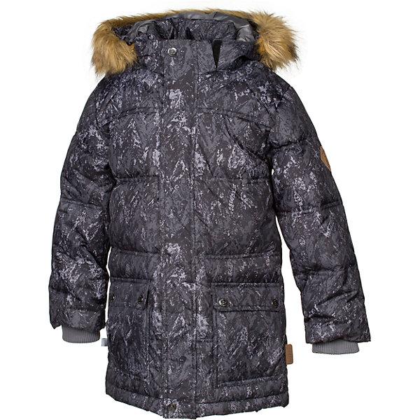 Куртка LUCAS Huppa для мальчикаЗимние куртки<br>Характеристики товара:<br><br>• модель: Lucas;<br>• цвет: черный принт;<br>• пол: мальчик;<br>• состав: 100% полиэстер;<br>• утеплитель: 50% пух, 50% перо.;<br>• подкладка: тафта,полиэстер;<br>• сезон: зима;<br>• температурный режим: от - 5 до - 30С;<br>• водонепроницаемость: 5000 мм;<br>• воздухопроницаемость: 5000 г/м2/24ч;<br>• влагоустойчивая и дышащая ткань;<br>• двухсторонняя молния;<br>• воротник-стойка застегивается на застежку-молнию и кнопки;<br>• безопасный капюшон при необходимости, отстегивается;<br>• мех на капюшоне съемный;<br>• низ рукавов дополнен эластичными манжетами;<br>• карманы на молнии;<br>• светоотражающие детали для безопасности ребенка;<br>• страна бренда: Финляндия;<br>• страна изготовитель: Эстония.<br><br>Стильная молодёжная парка Lucas для мальчиков выполнена  из влагоустойчивой и дышащей ткани, которая позволяет сохранить внутри собственное тепло ребенка и препятствует попаданию извне холодного воздуха. Её поверхность очень просто очистить от любых загрязнений.<br><br>Голову украшает отстёгивающийся капюшон, обрамлённый съемным мехом. Прямой крой придаёт парке модный спортивный вид. Двусторонняя молния спрятана за декоративной планкой. Бегунок молнии открывается/закрывается снизу и сверху. Карманы на молнии. В рукава вшиты вязаные манжеты. Они прекрасно защищают парня от снега и ветра.Имеются светоотражательные элементы.<br><br>Разрабатываемая дизайнерами компании Хуппа детская одежда полностью отвечает климатическим особенностям нашей страны.<br><br>Куртку Lucas для мальчика бренда HUPPA  можно купить в нашем интернет-магазине.<br>Ширина мм: 356; Глубина мм: 10; Высота мм: 245; Вес г: 519; Цвет: черный; Возраст от месяцев: 120; Возраст до месяцев: 132; Пол: Мужской; Возраст: Детский; Размер: 146,152,158,164,110,170,116,122,128,134,140; SKU: 7025263;